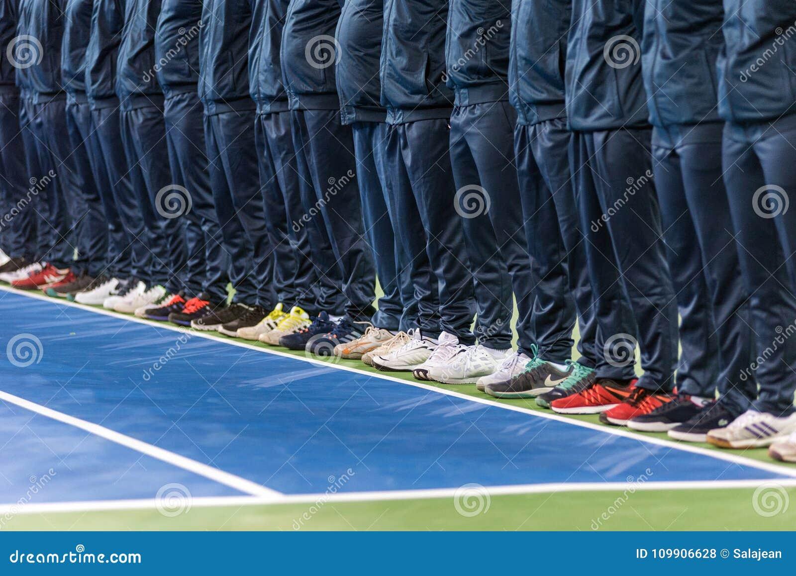 Line umpire. Tennis match opening ceremony