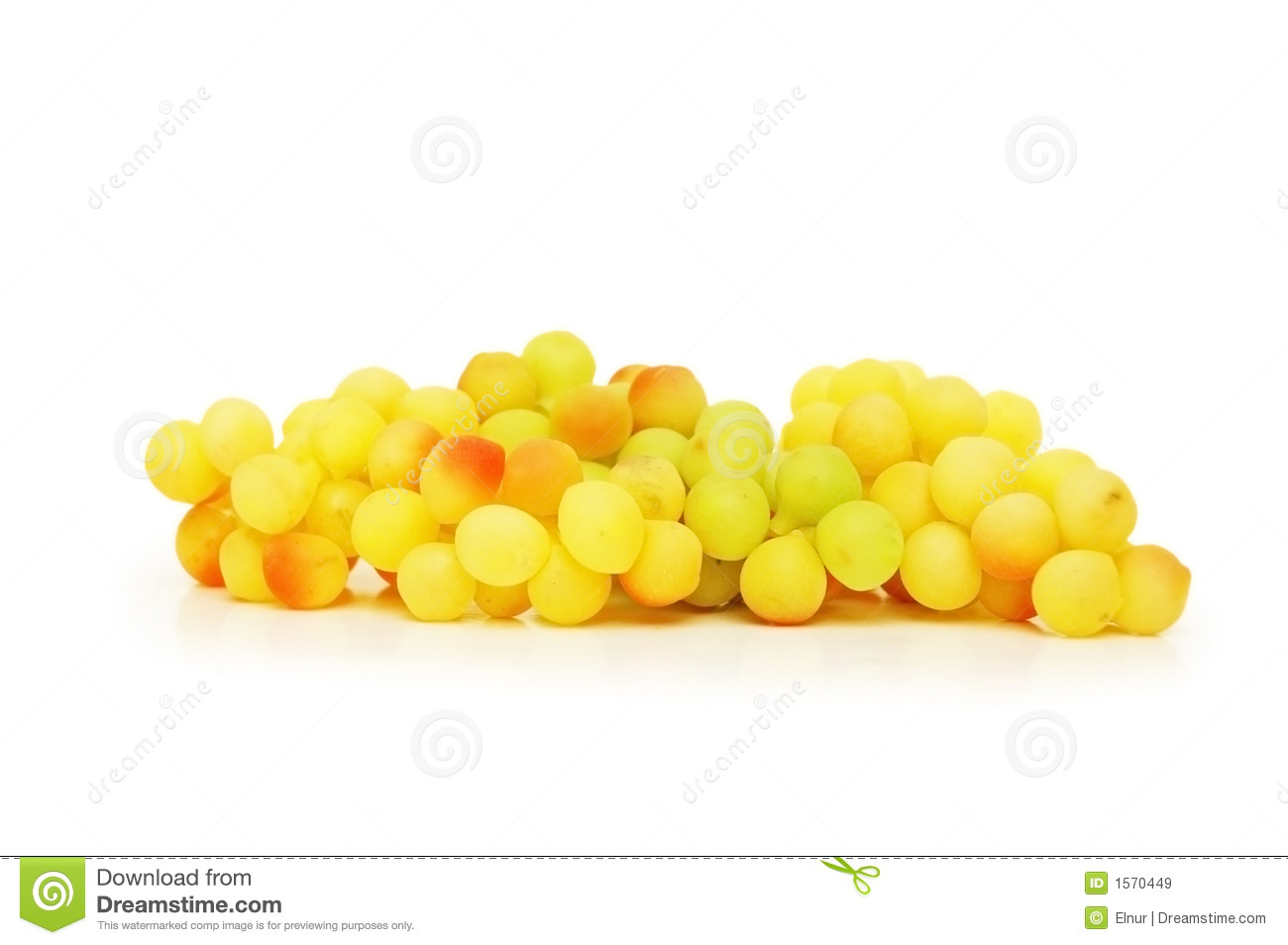 Cluster Of Yellow Grapes Stock Photography - Image: 34325322