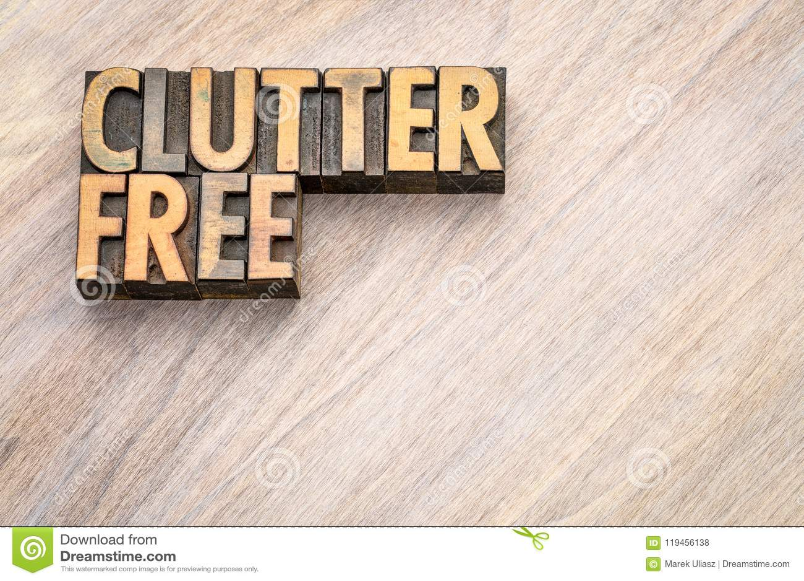 Clutterfree - sumário da palavra no tipo da madeira do vintage
