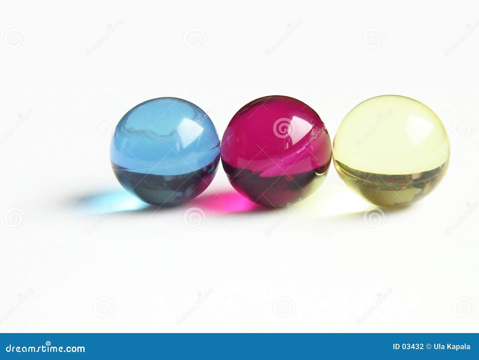 CMY bath balls