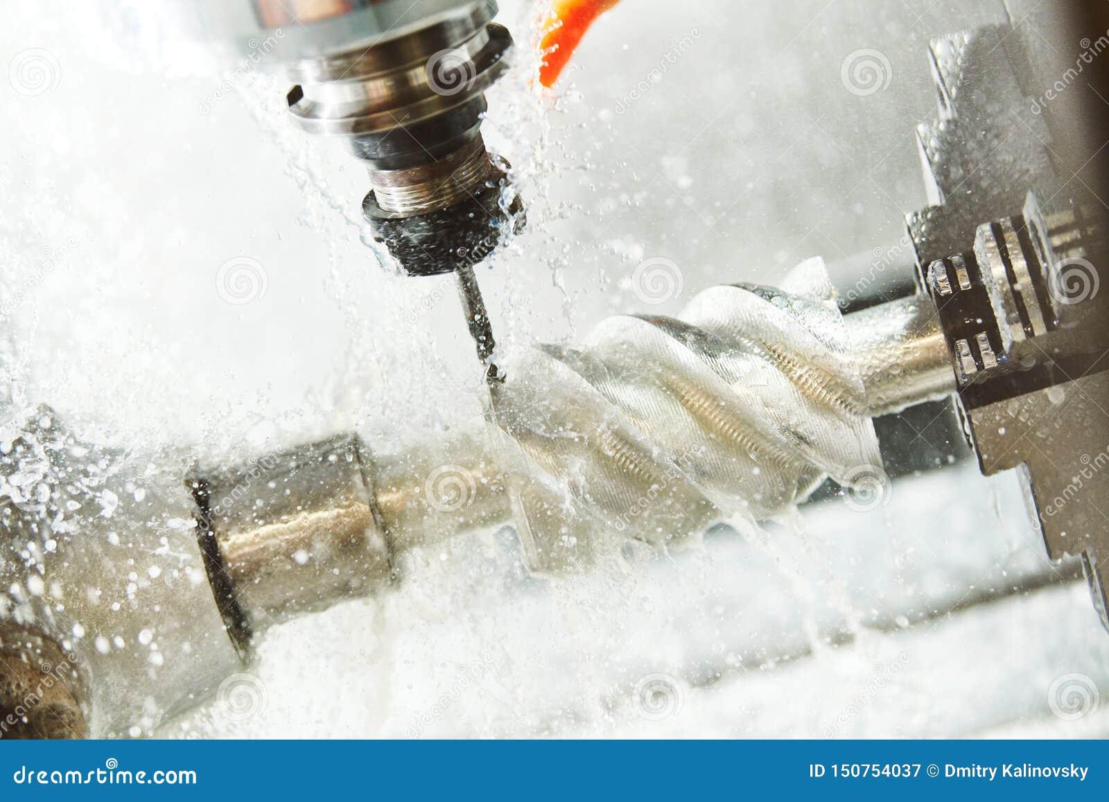 CNC mielenia maszyny praca Coolant i nat?uszczenie w metalwork przemysle