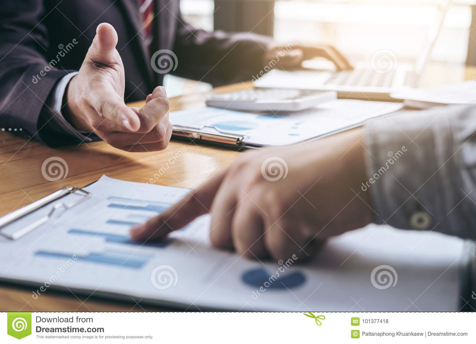 Co pracująca konferencja, biznesu spotkania drużynowa teraźniejszość, inwestor c