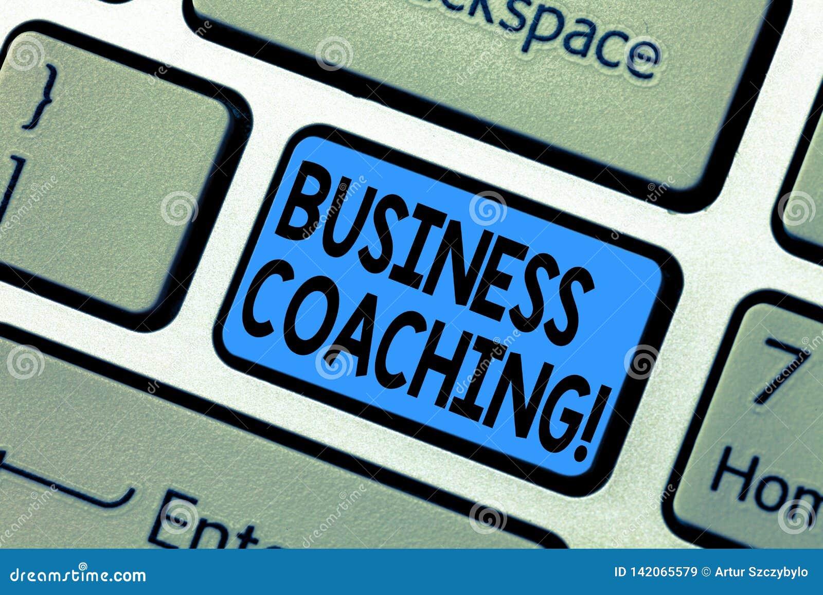 Coachning för affär för ordhandstiltext Affärsidé för konsulterande expert ditt tangentbord för förbättring för fälterfarenhet