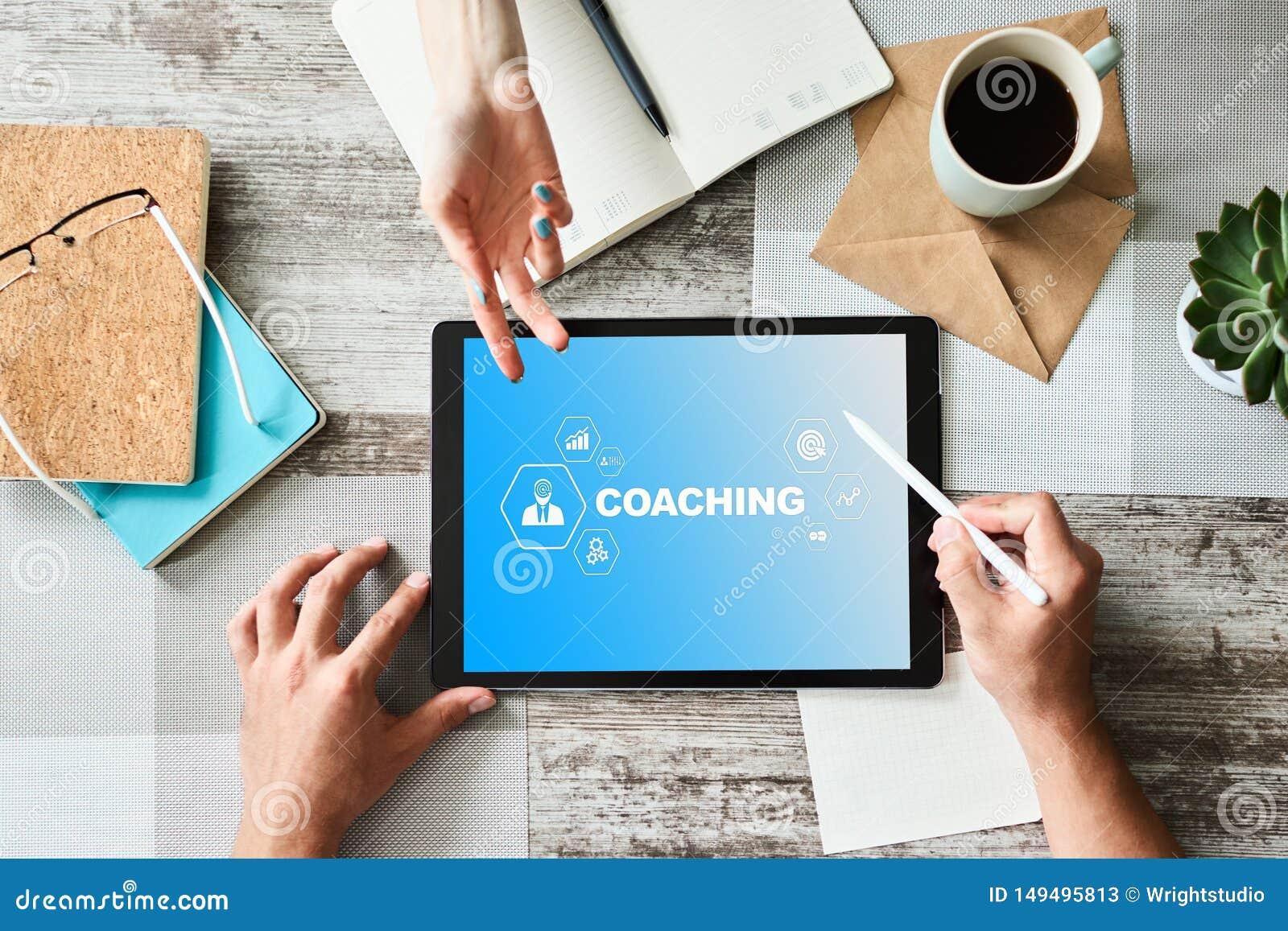 Coachning- och mentoringbegrepp p? sk?rmen Sj?lvutveckling och personlig tillv?xt