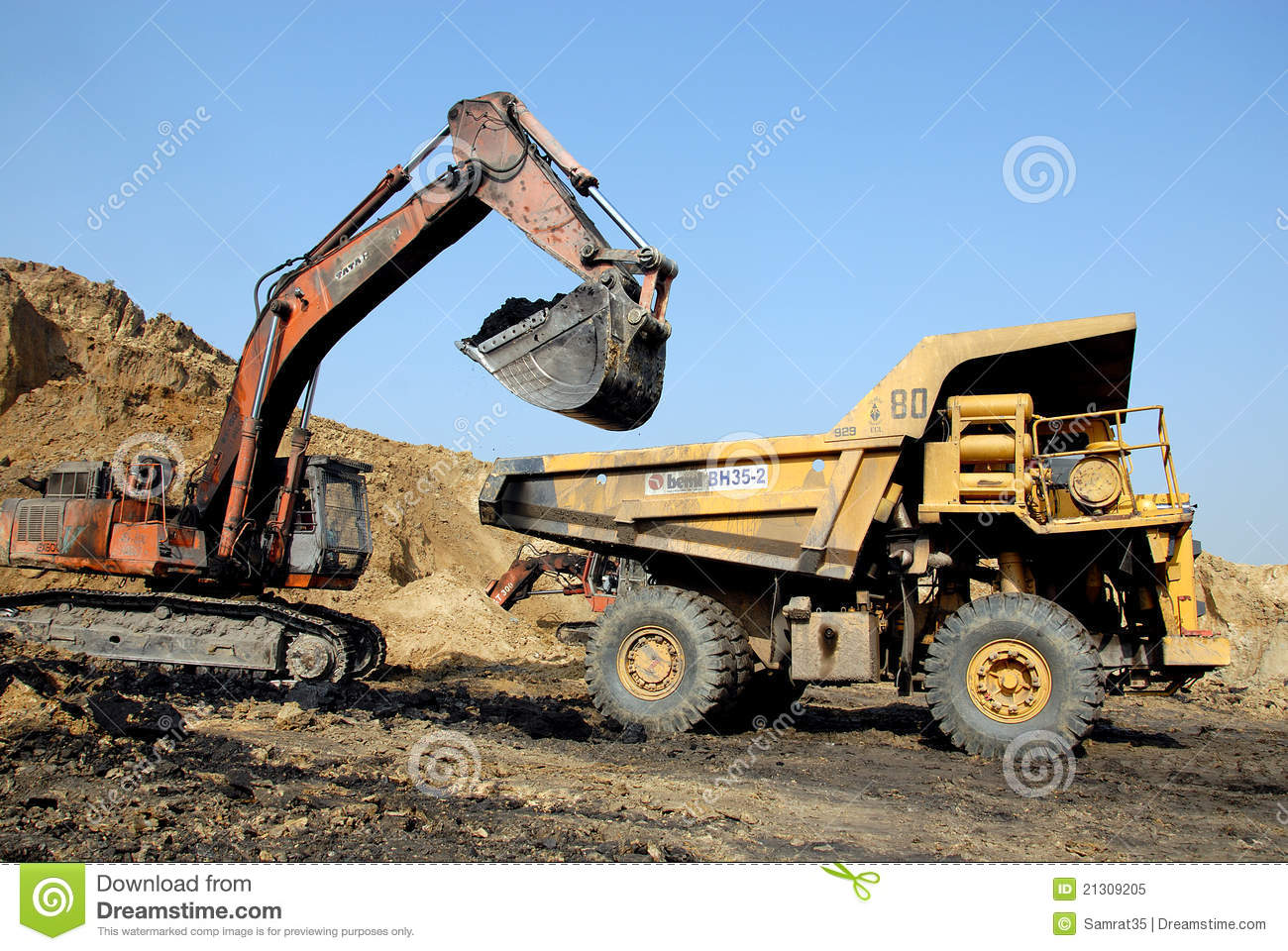 Coal Mining Equipment Editorial Image - Image: 21309205