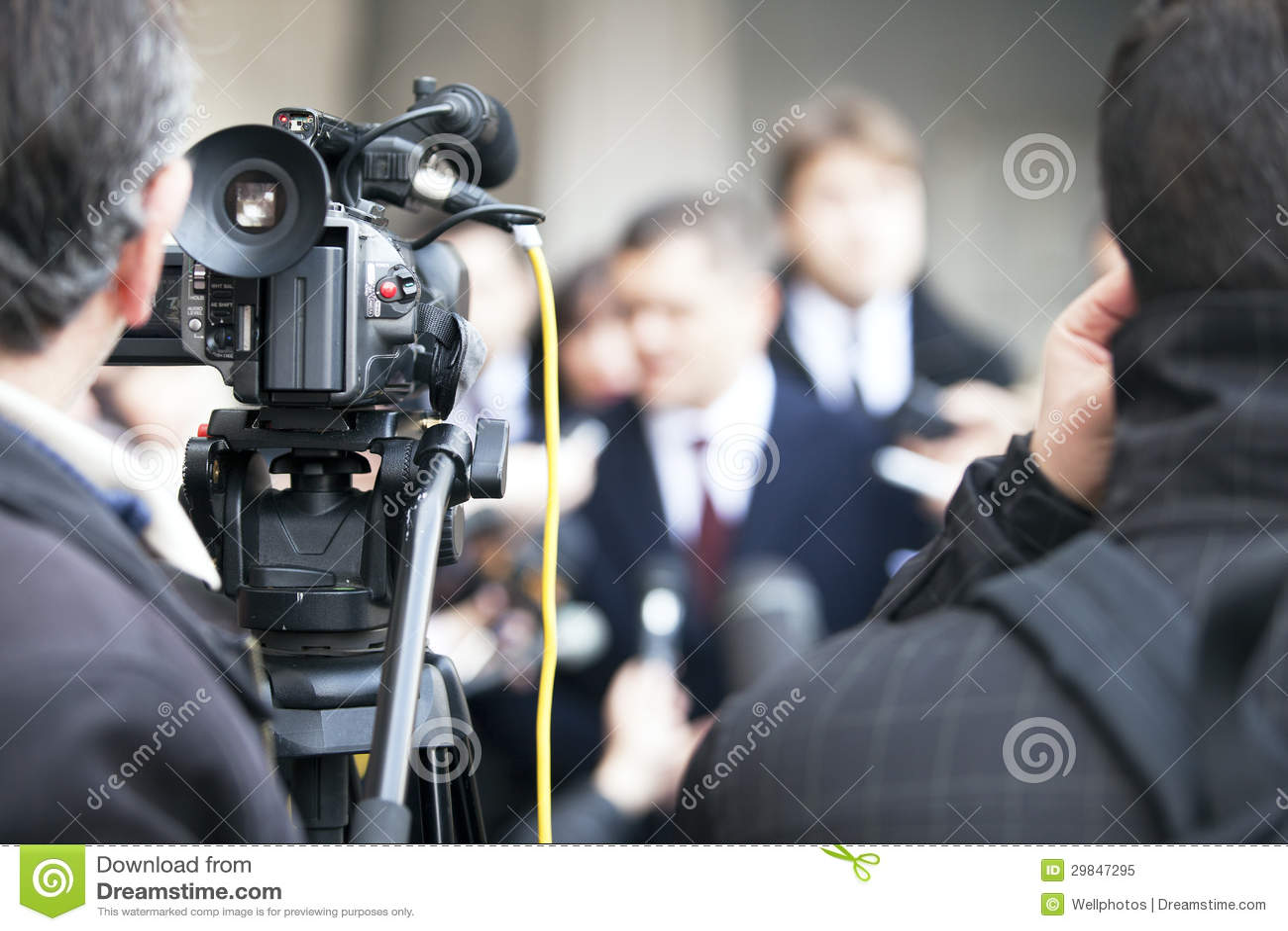 Entrevista dos meios