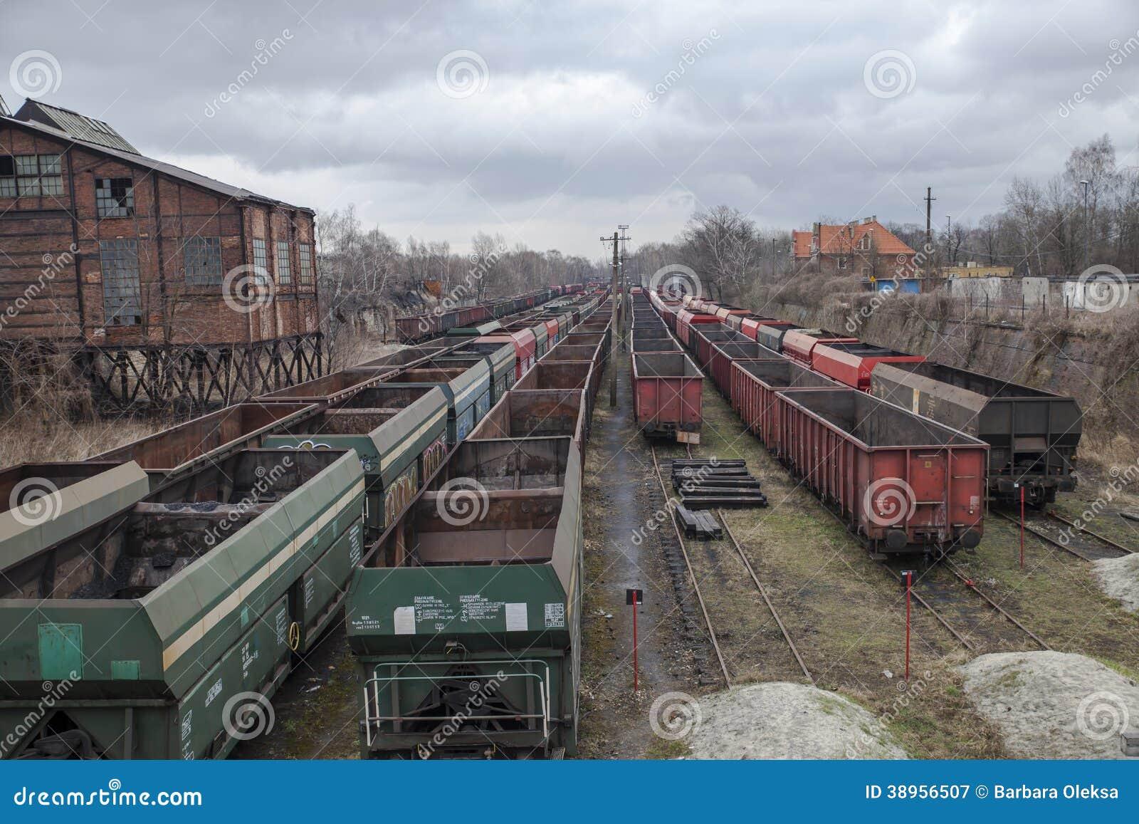 Coche de ferrocarril del carbón