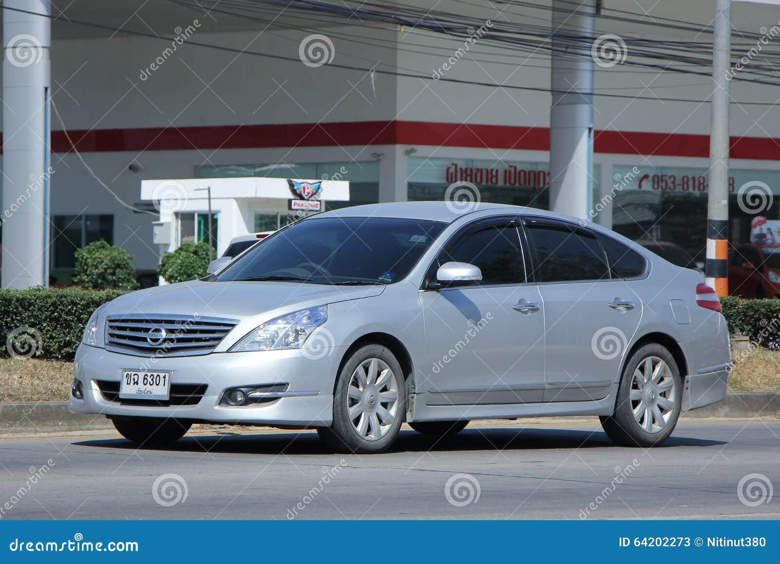 Coche privado, Nissan Teana