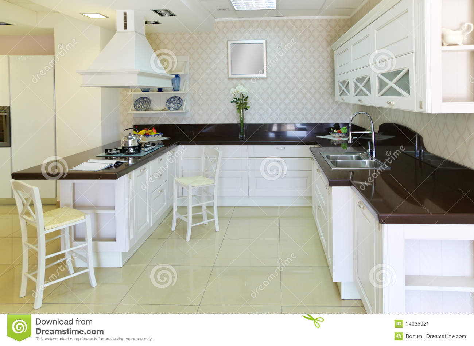 Cocina blanca moderna imagen de archivo imagen 14035021 - Cocina blanca moderna ...