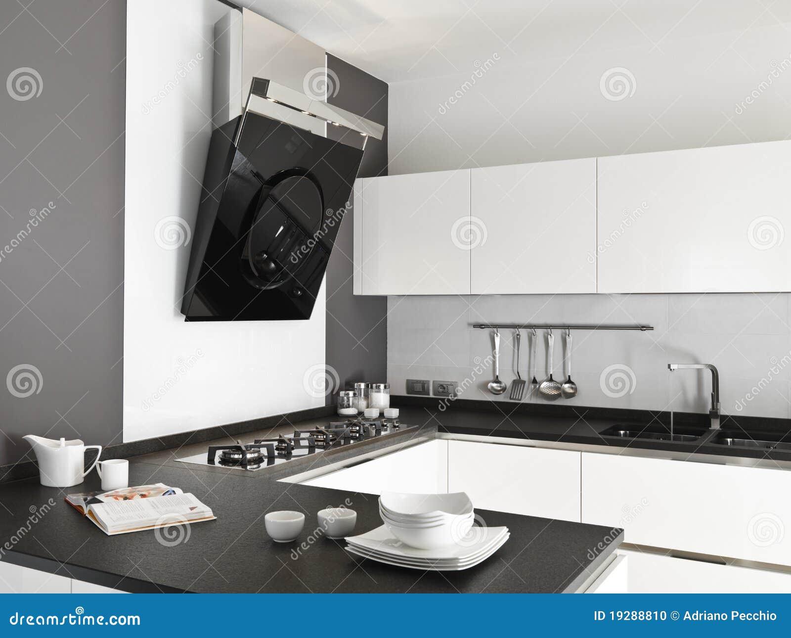 Cocina blanca moderna foto de archivo imagen 19288810 - Cocina blanca moderna ...