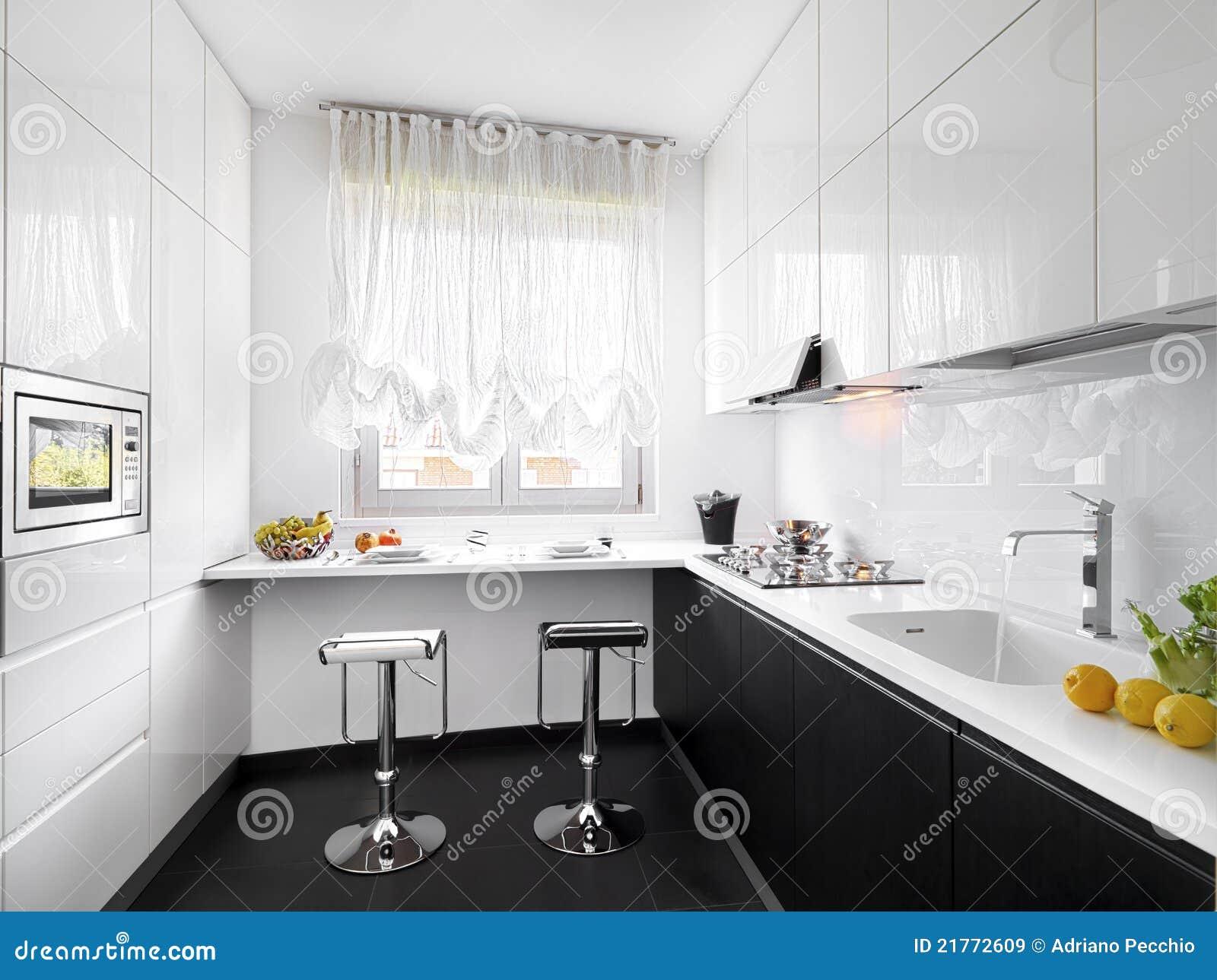 Cocina blanca moderna imagen de archivo imagen de blanco for Cocinas amuebladas fotos