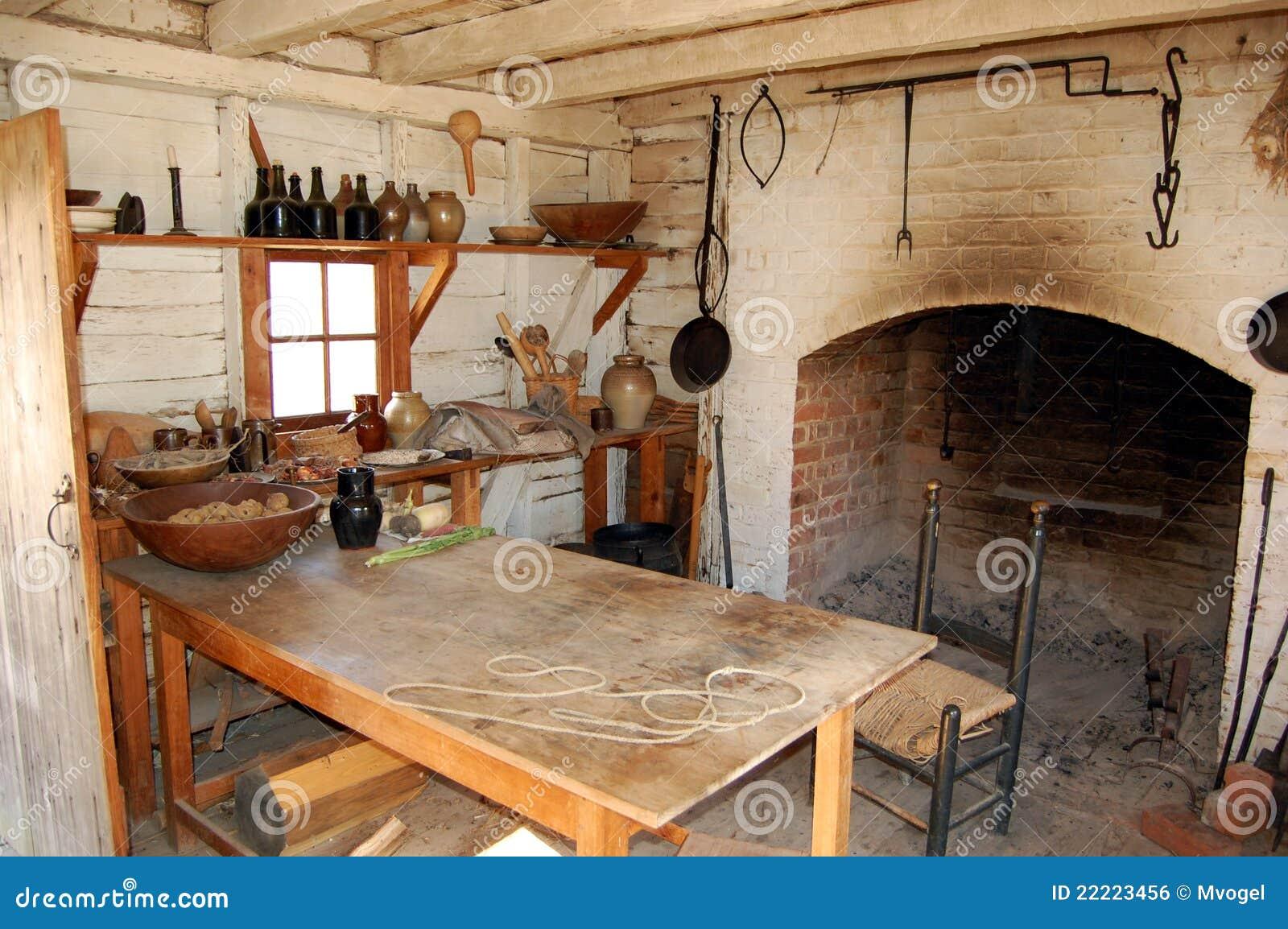 cocina colonial de la era imagen de archivo libre de regalas