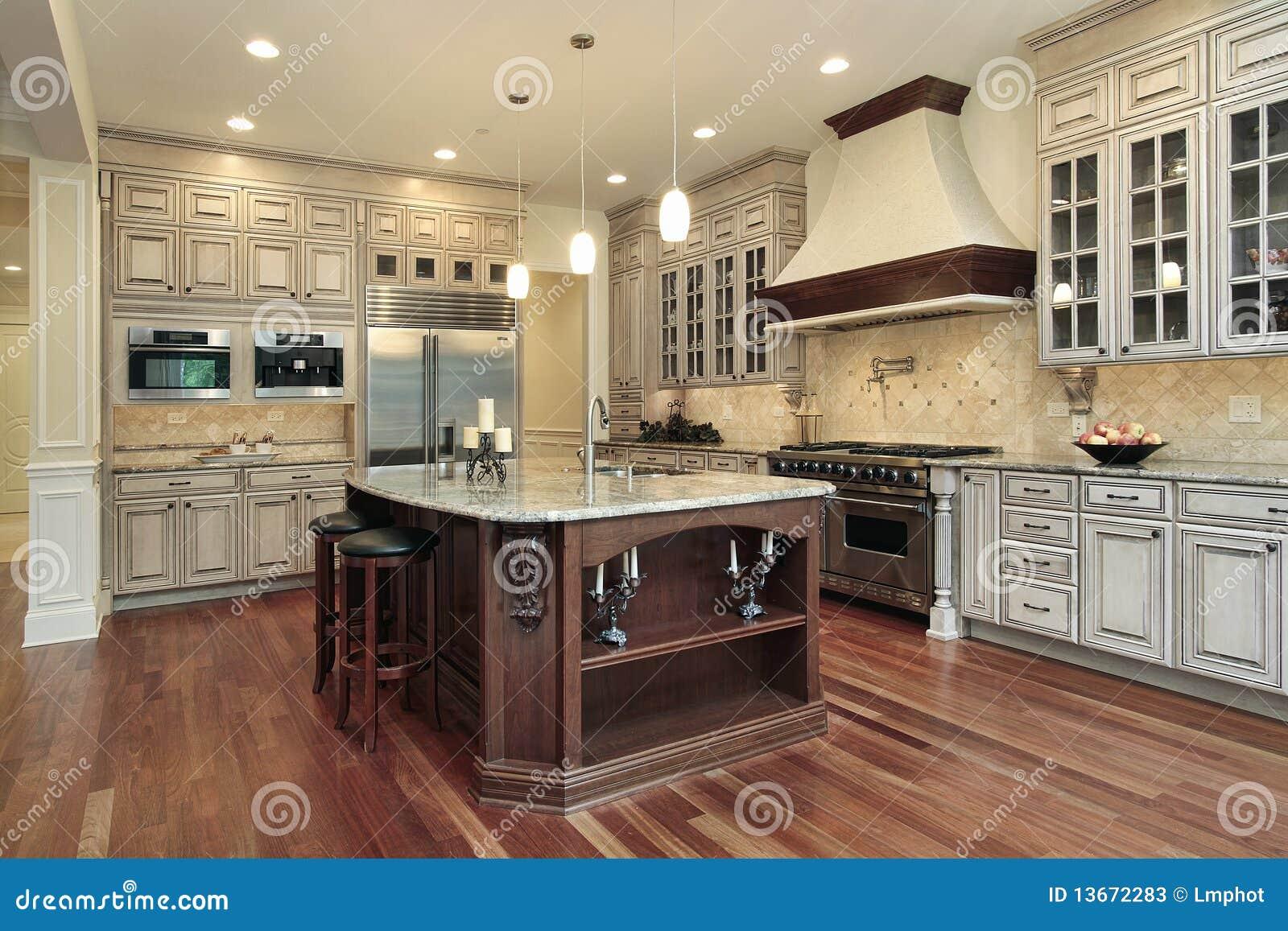 Cocina con la isla rectangular imagen de archivo imagen - Isletas de cocina ...