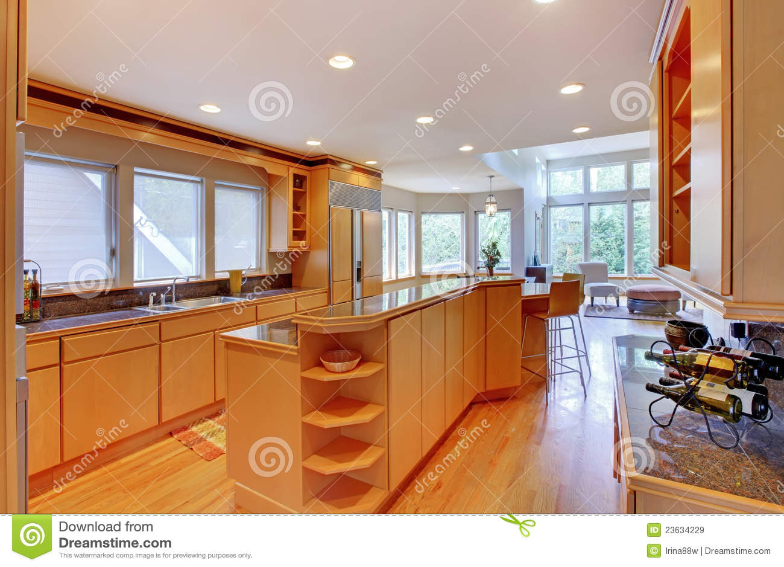 Cocina de madera moderna de lujo grande imagen de archivo imagen de cocina muebles 23634229 Cocinas grandes modernas