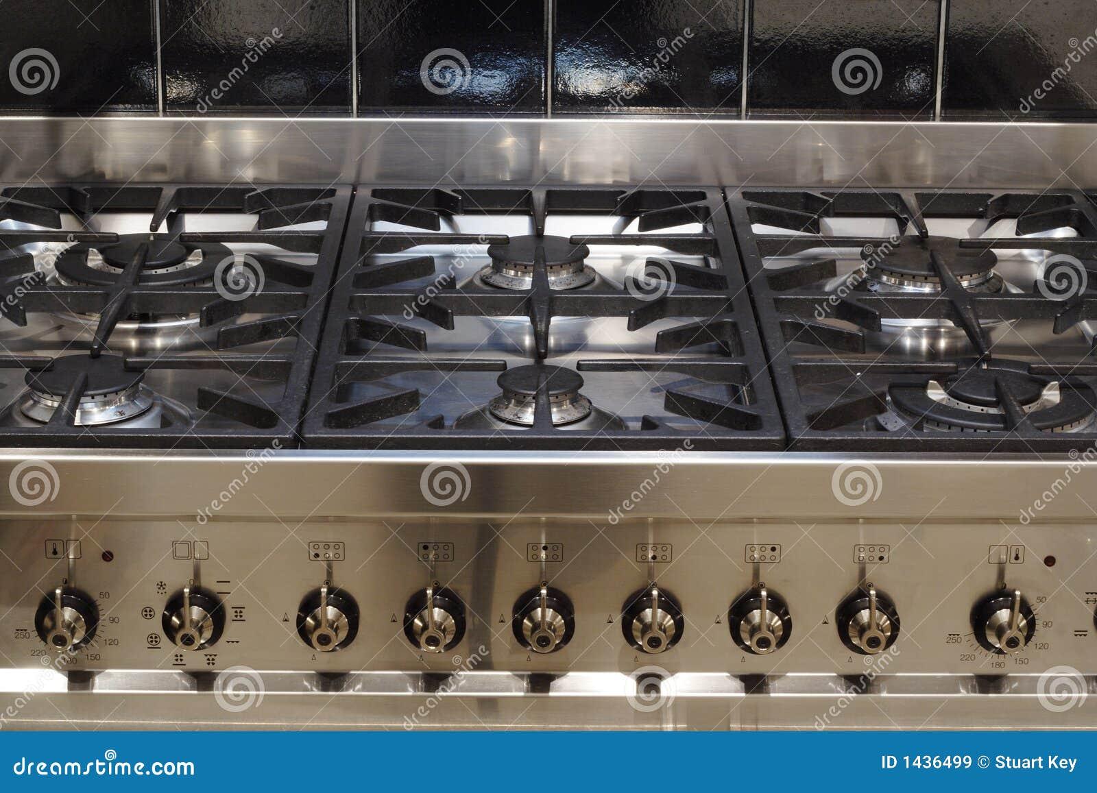 Cocina del acero inoxidable im genes de archivo libres de - Figuras de acero inoxidable ...