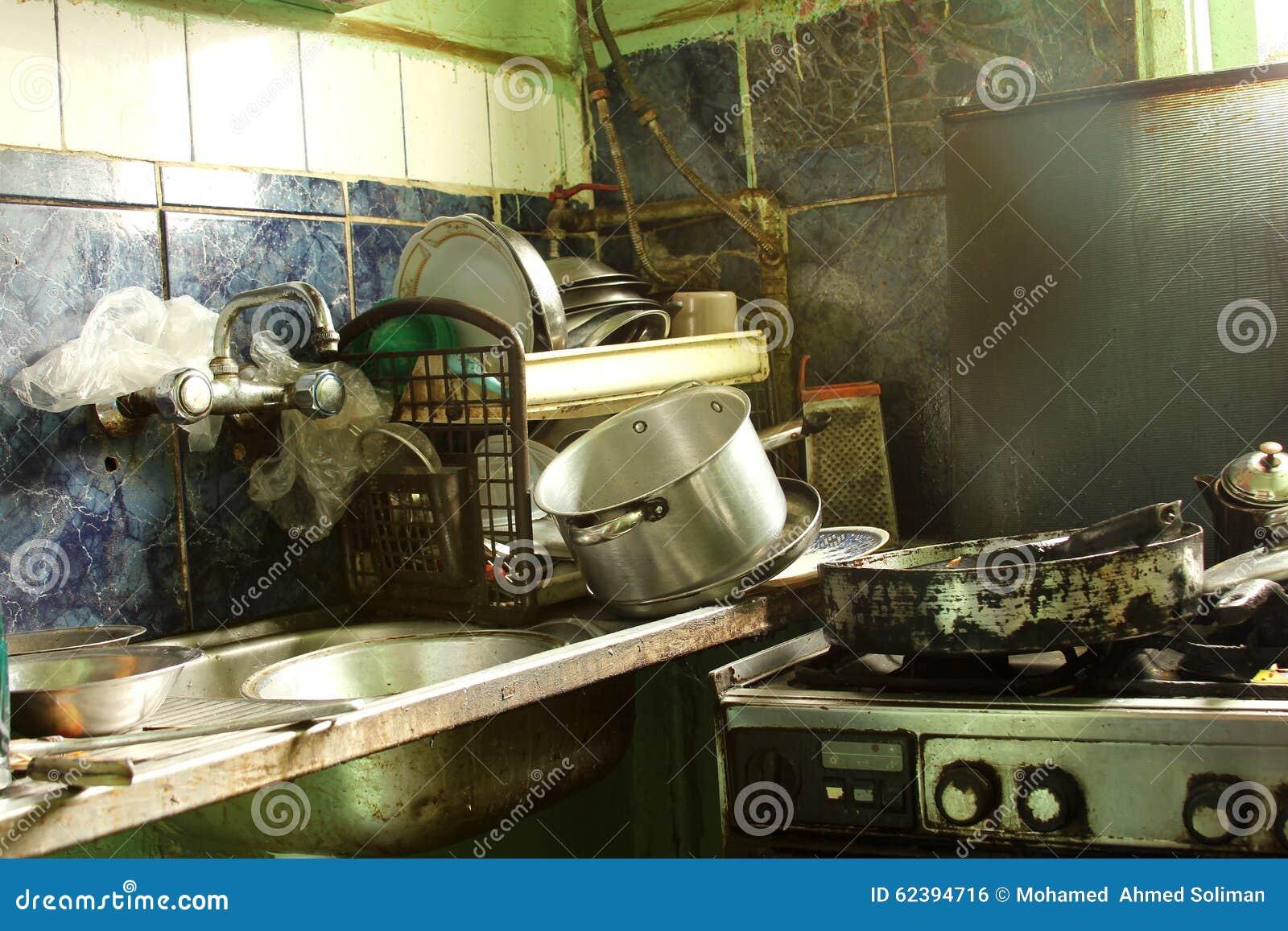 Cocina Sucia Foto De Archivo Imagen De Desgastado Caos 62394716