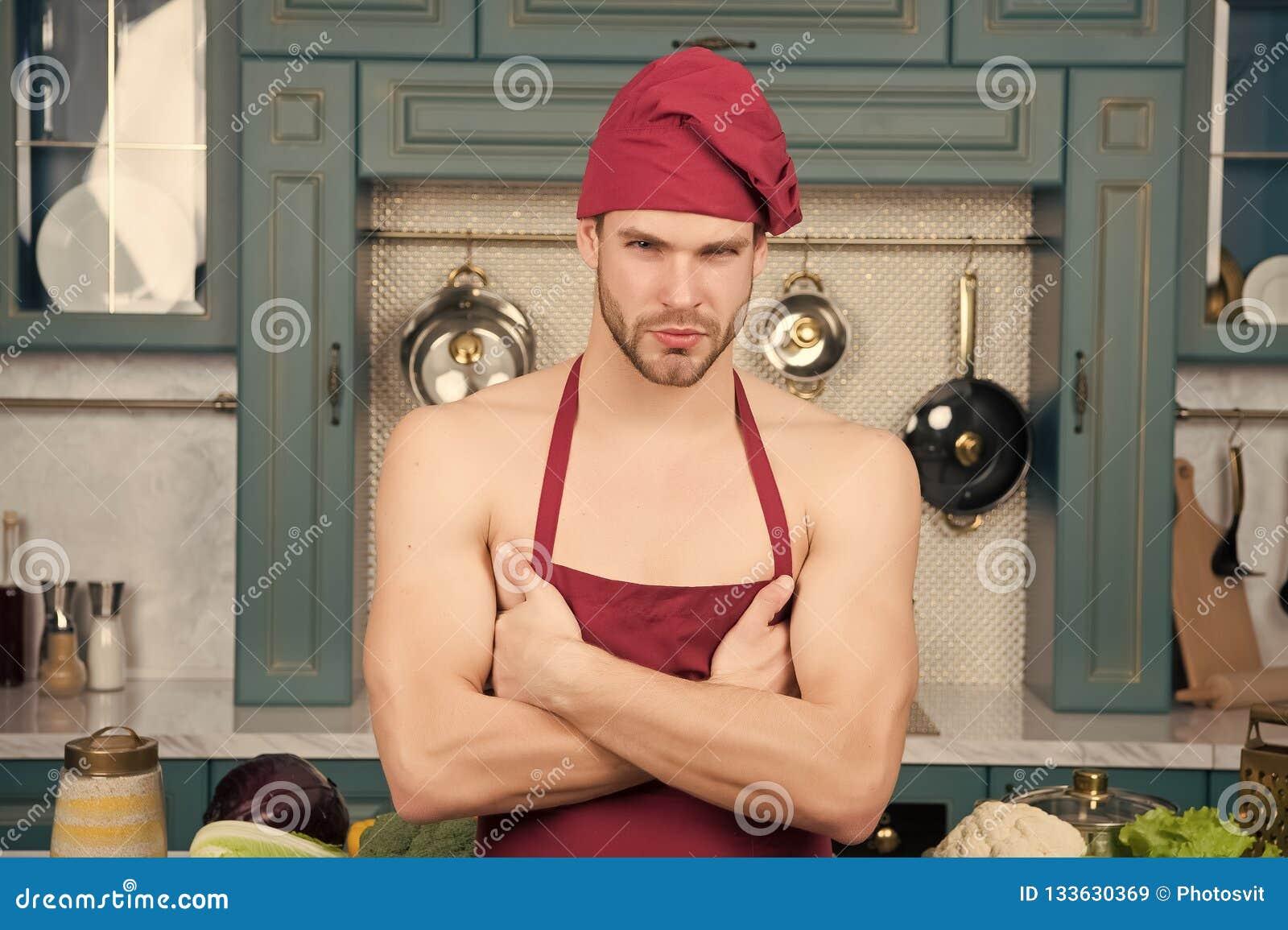 Cocinero Machista En El Sombrero Rojo Delantal En El Torso Desnudo
