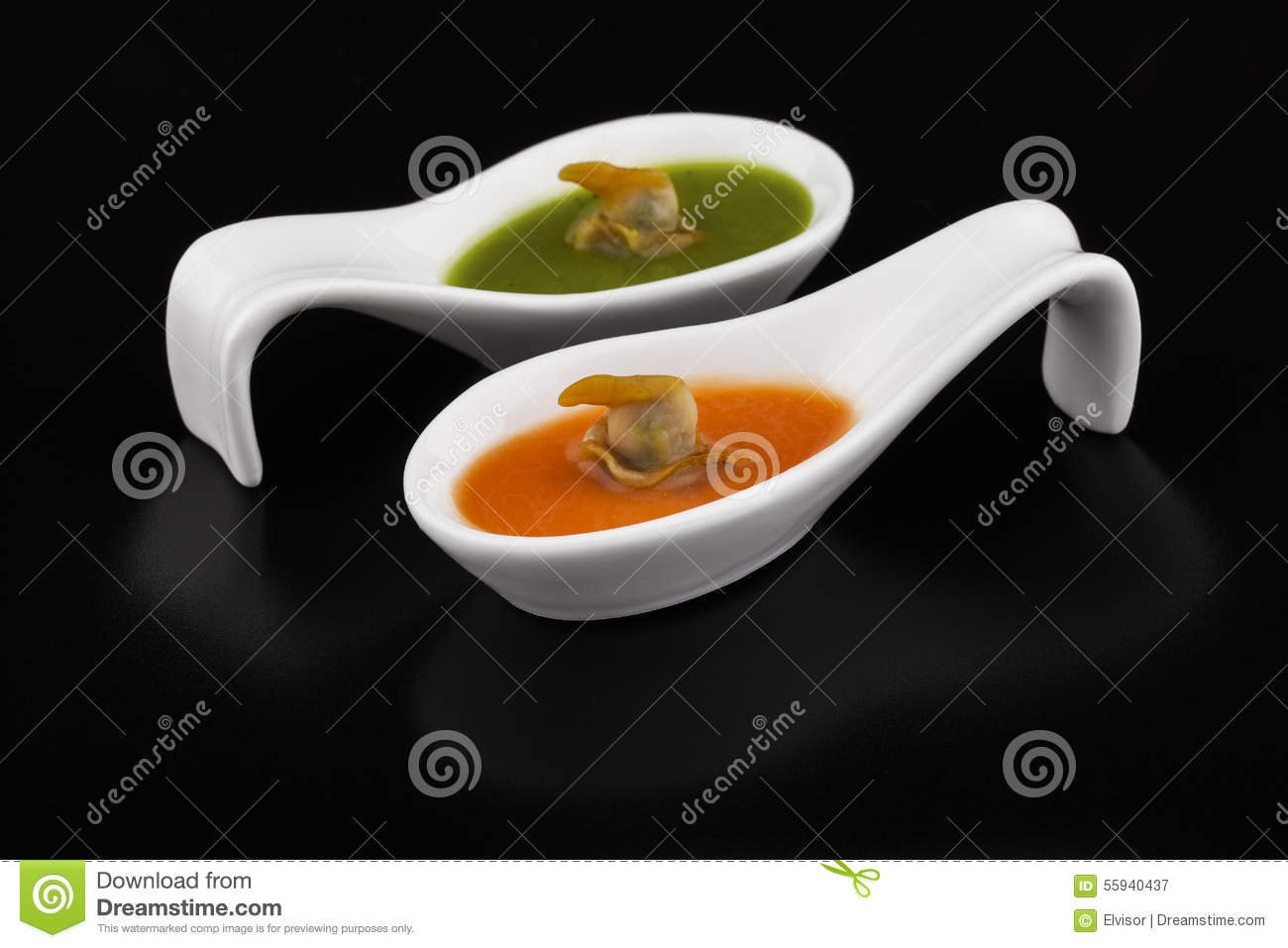 Cockles In Green And Red Vegetable Soup Stock Photo - Image: 55940437