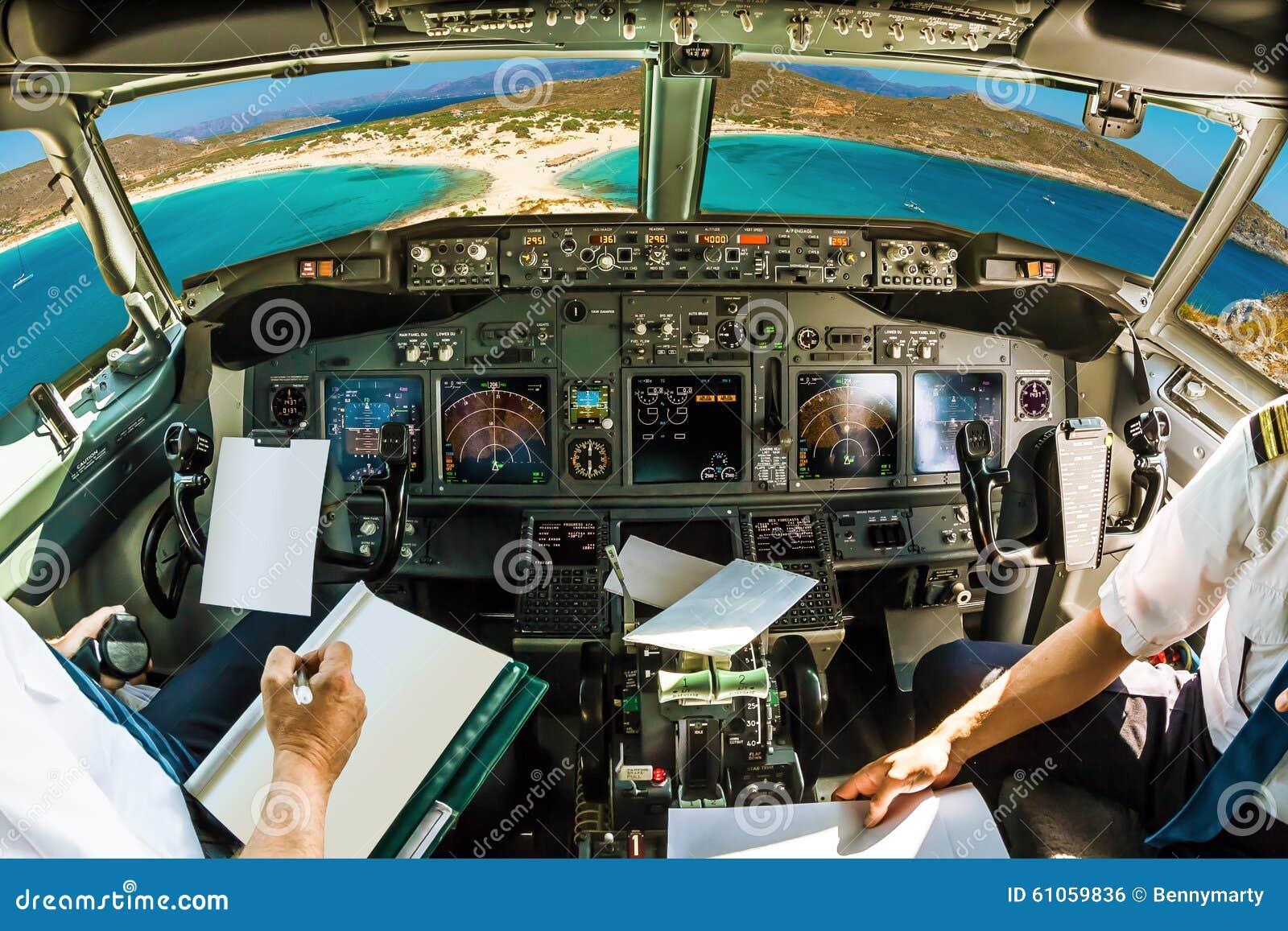 Cockpit auf tropischem Strand