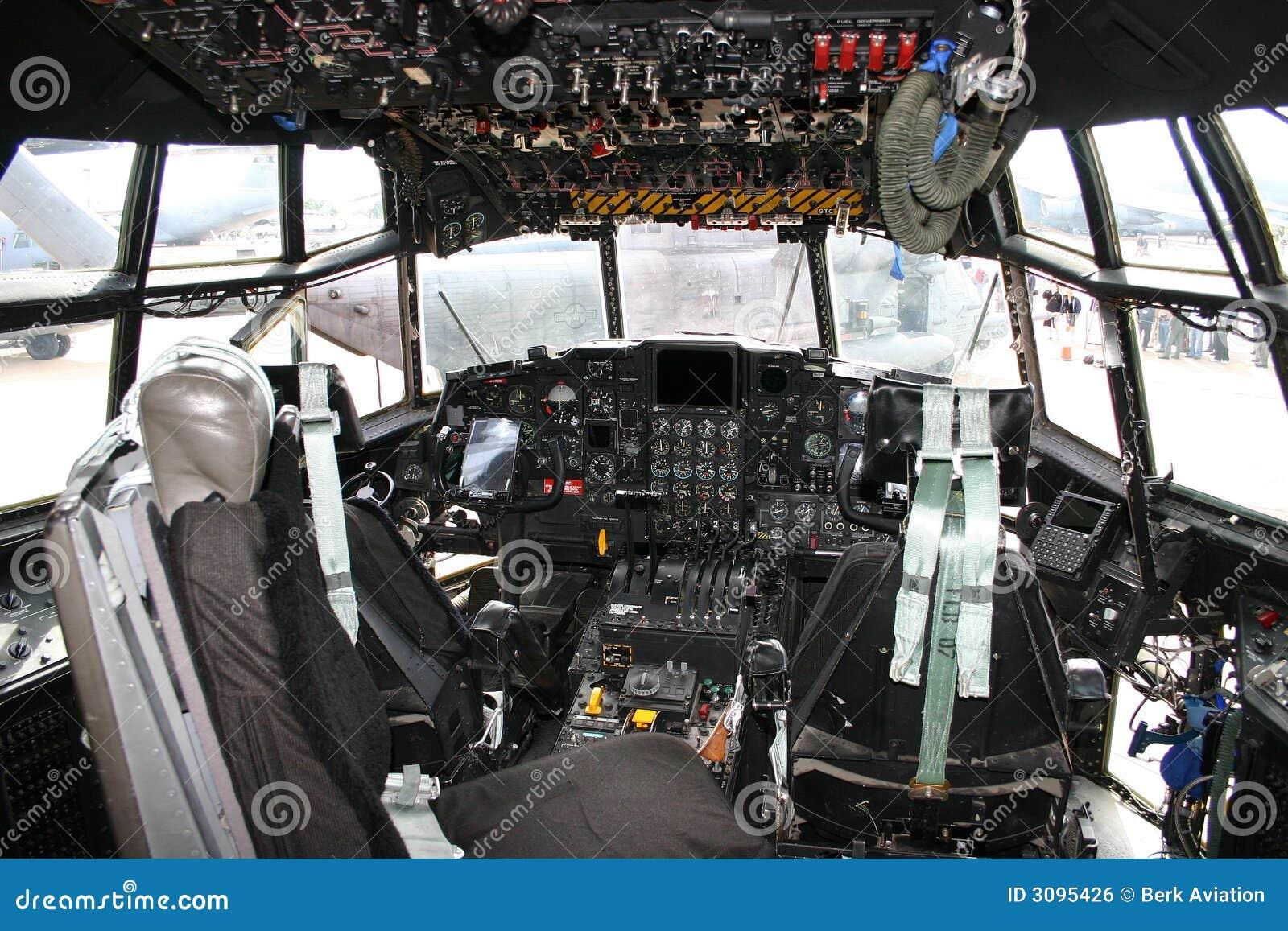Cockpit C-130 Hercules  C 130 Cockpit