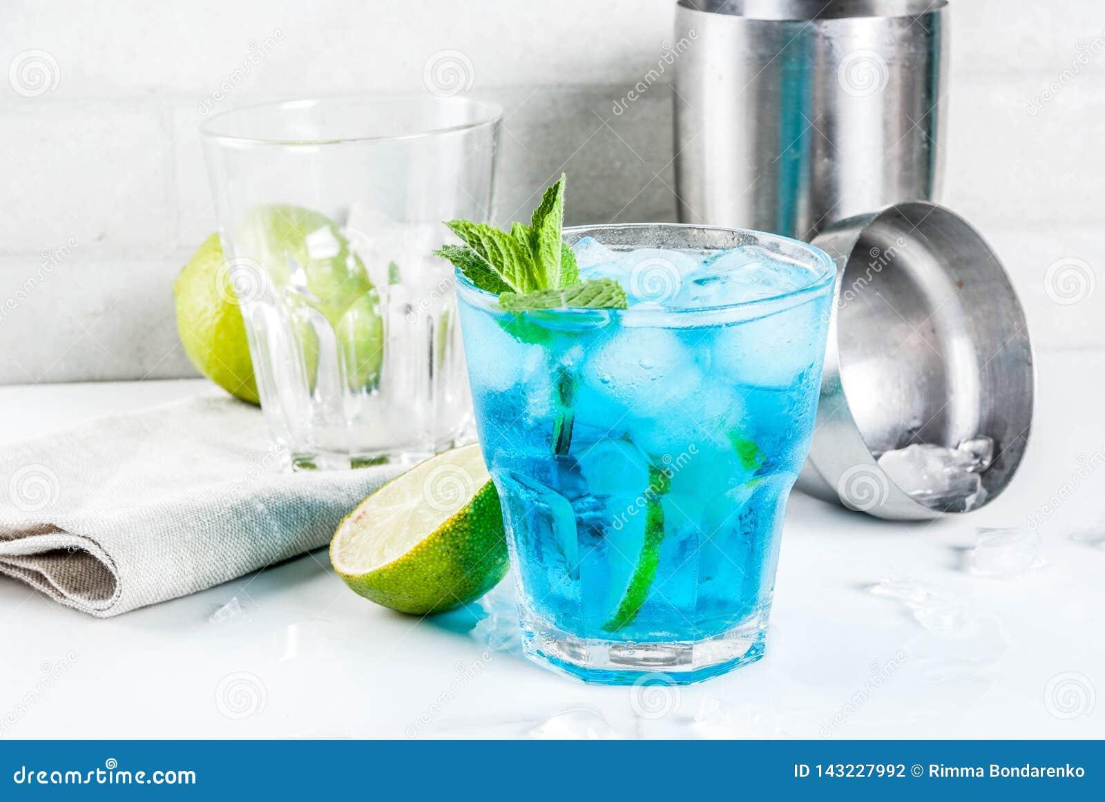 Cocktail bleu glac? d alcool
