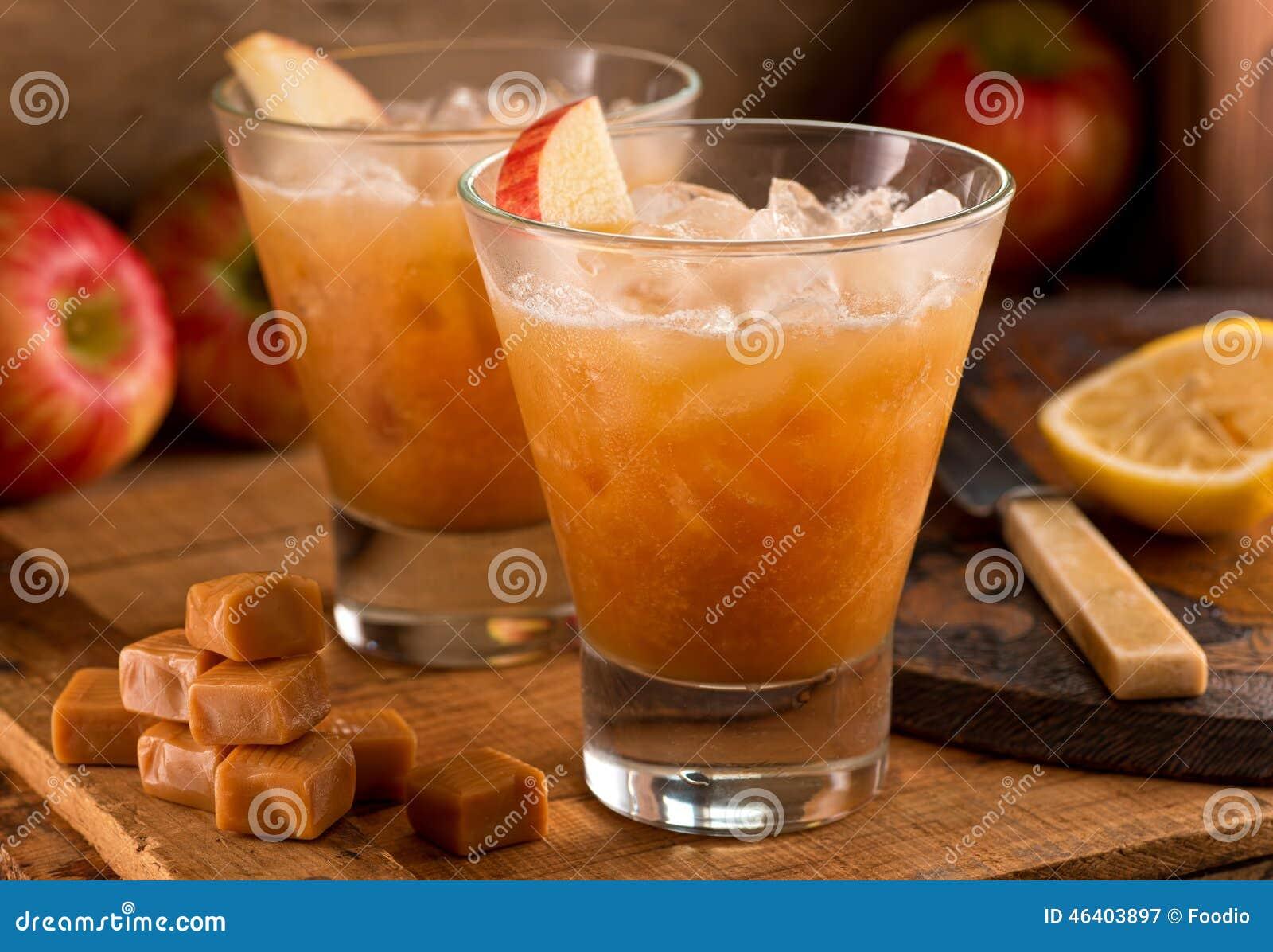 cocktail de cidre d 39 apple de caramel photo stock image 46403897. Black Bedroom Furniture Sets. Home Design Ideas