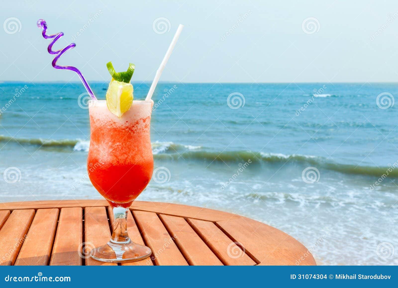 plan a 4 sexe le sexe sur le cocktail de la plage