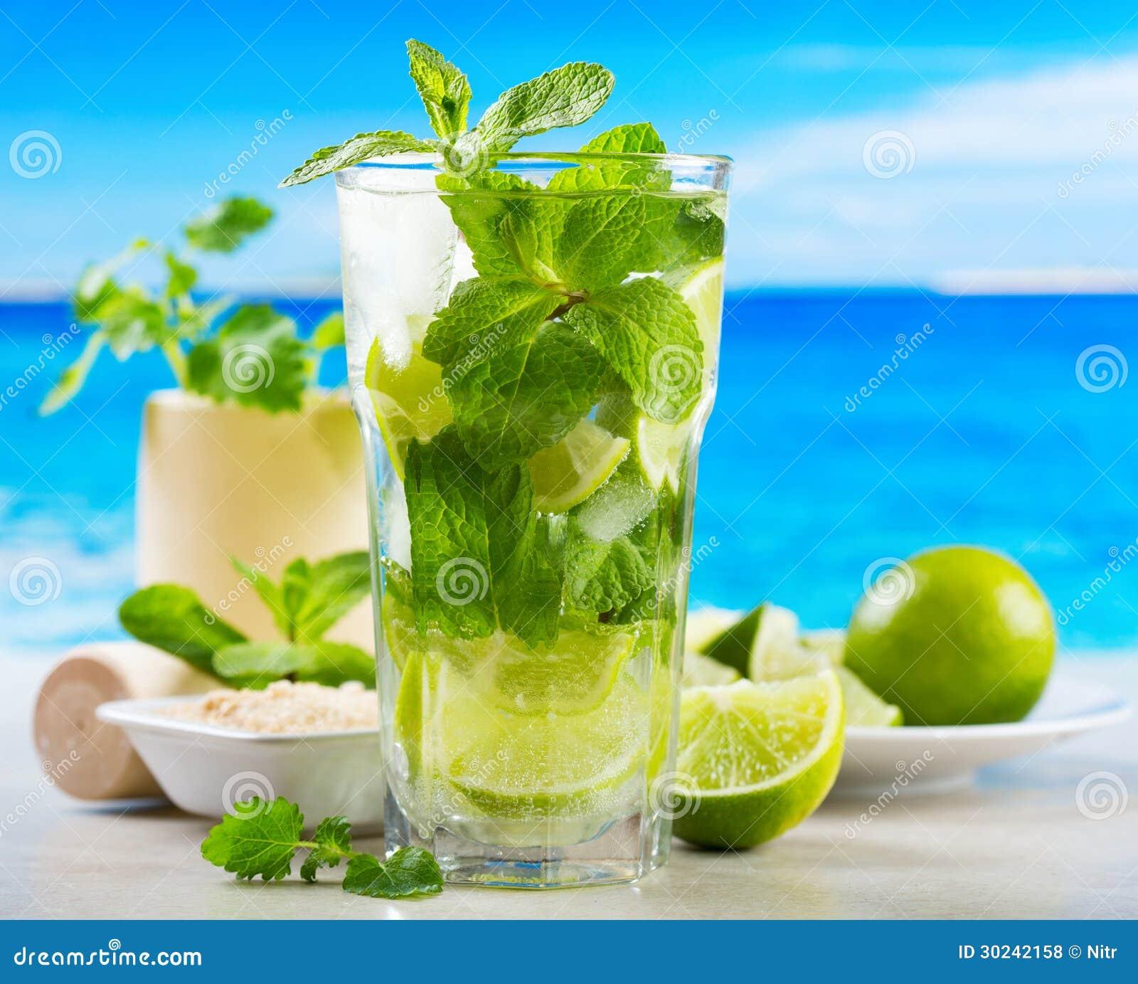 Cocktail De Mojito Photo Stock Image Du Plage Part