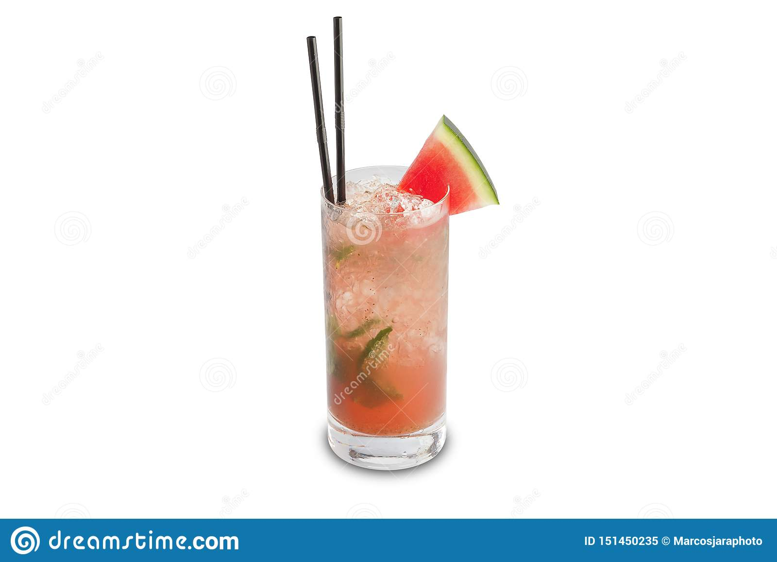 Cocktail di mojito dell anguria isolato su fondo bianco