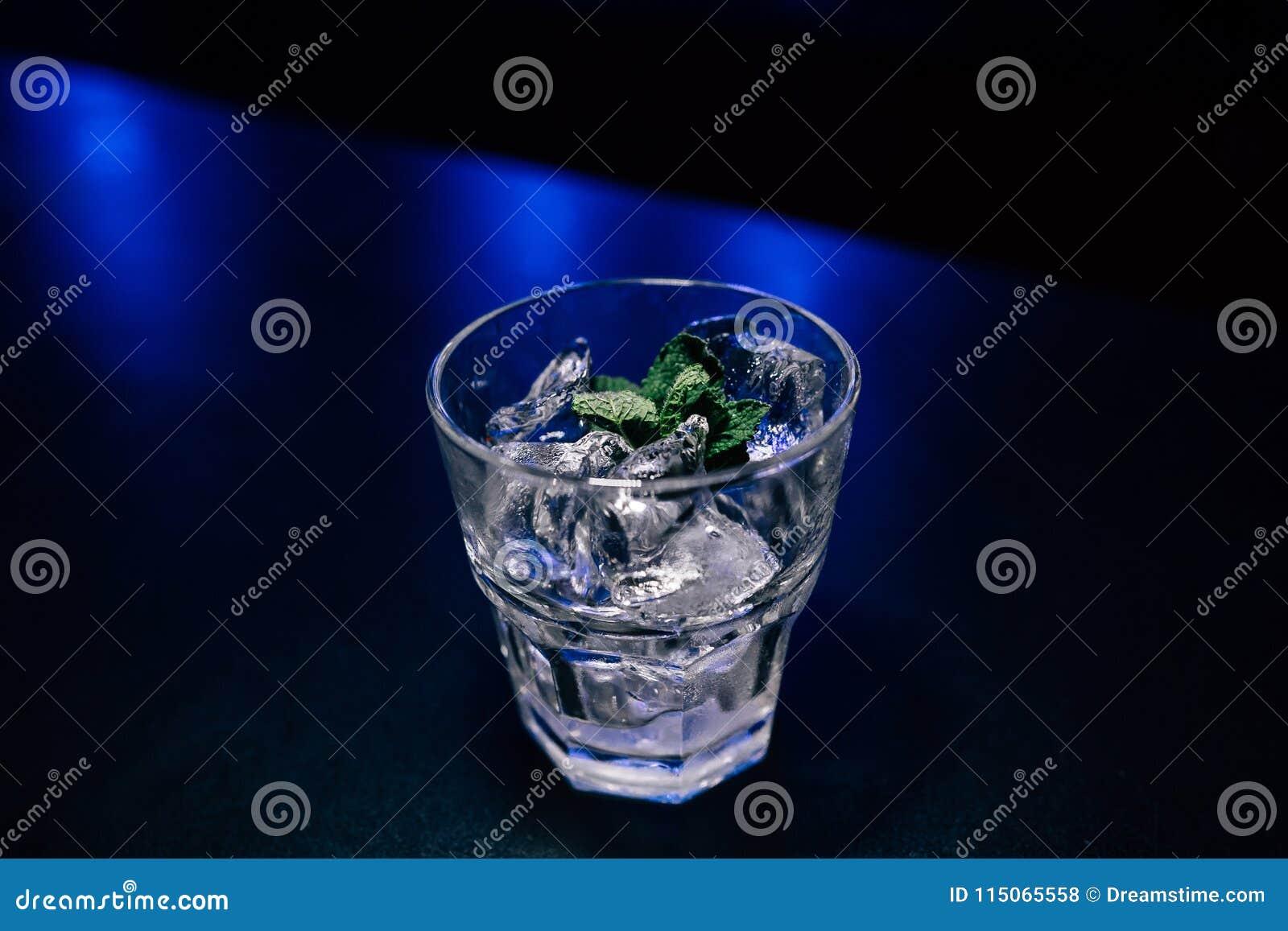 Cocktail op de bar