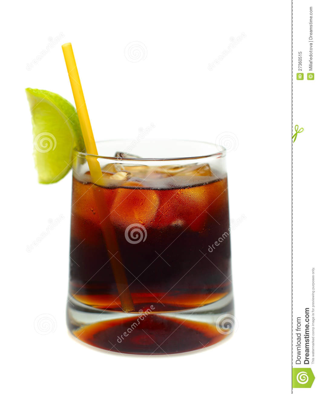 Cocktail - Rum, coke, ice and lime