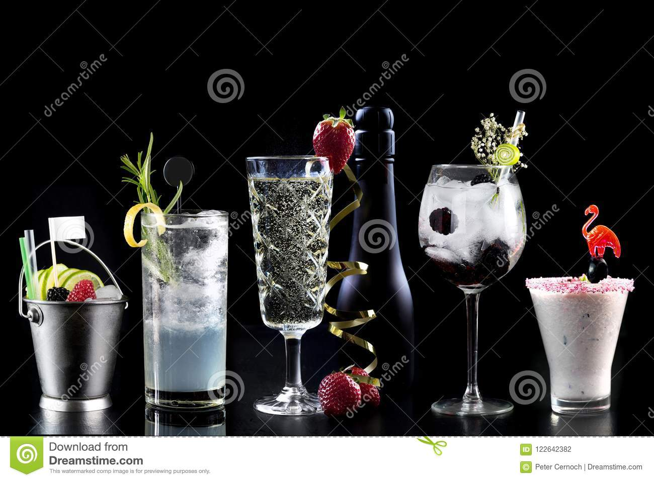 Cocktails alcohol bar selection trendy hotel bartender garnish