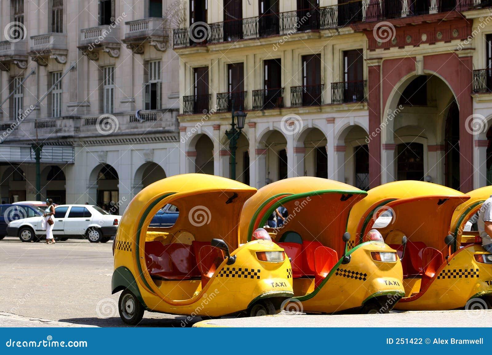 Cococuba taxis
