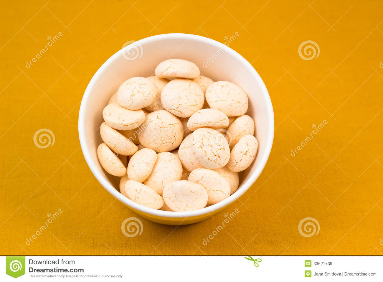 Coconut Meringues Royalty Free Stock Images - Image: 33621739