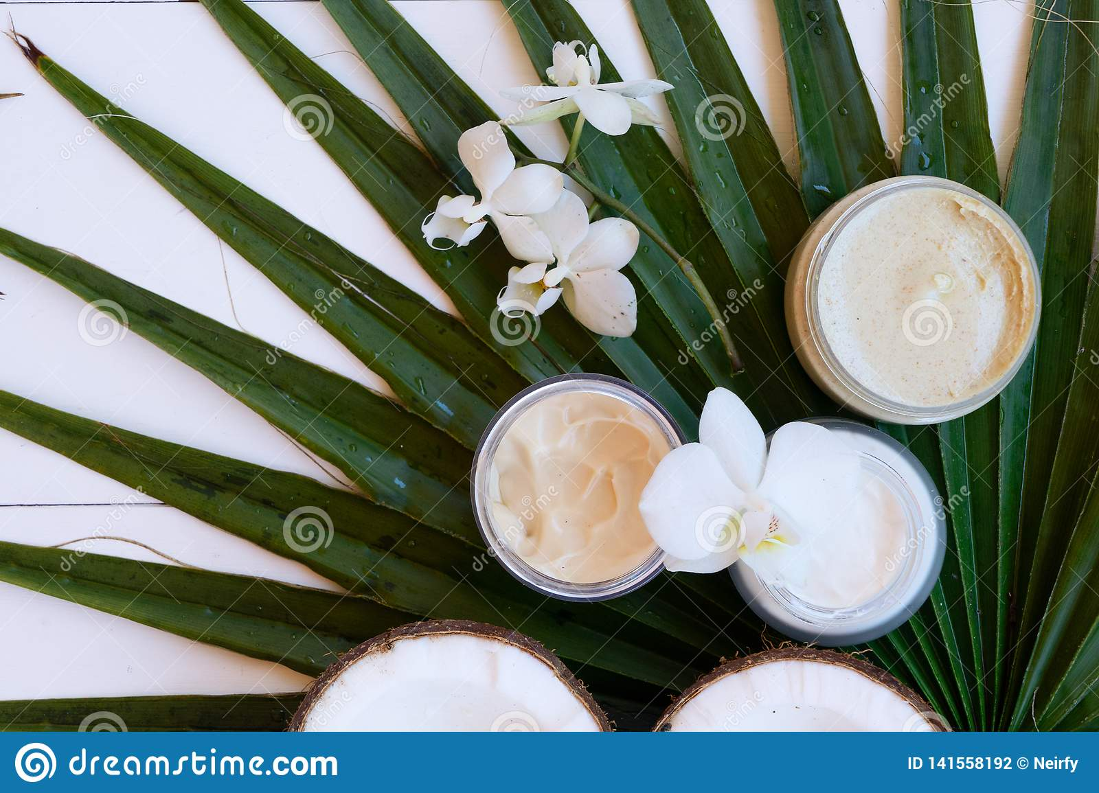 Coconut oil and cosmetics