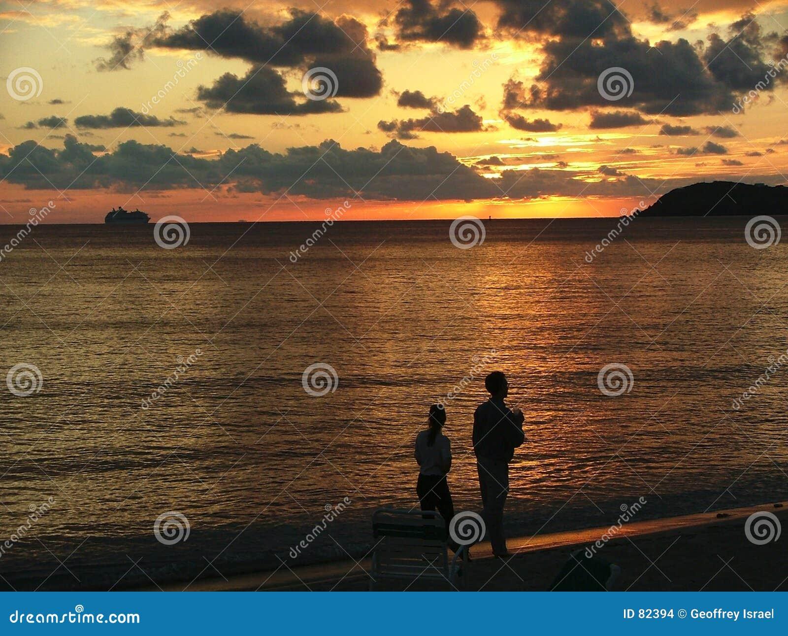 Coctails au coucher du soleil