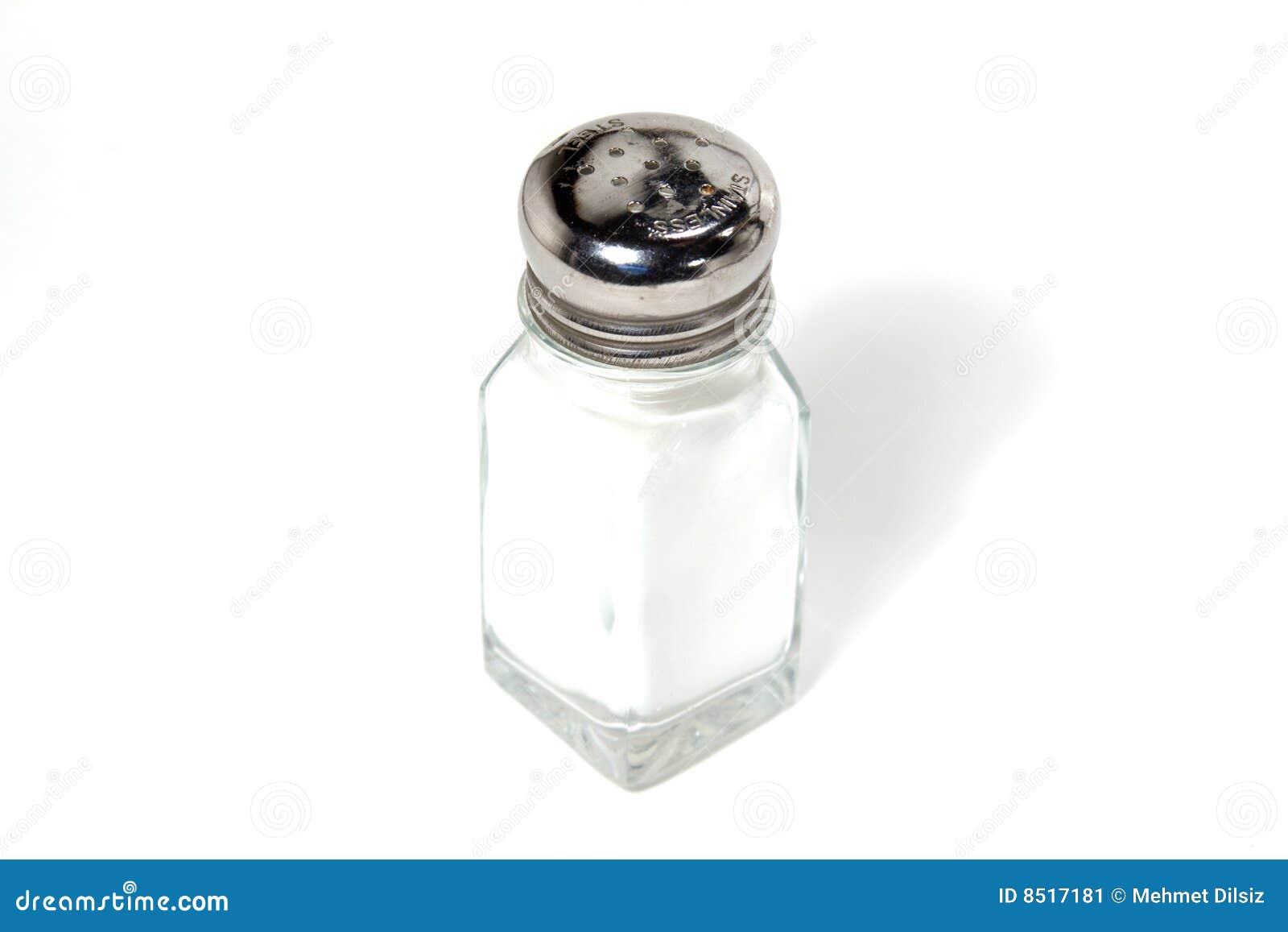 Coctelera de sal aislada