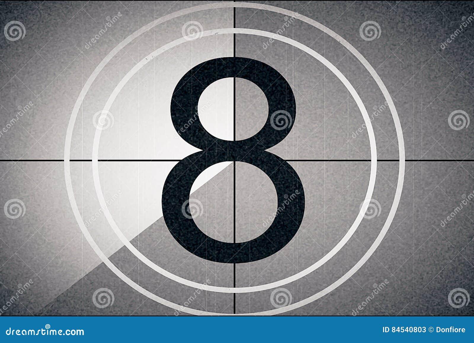 Coda universale, simbolo che conta alla rovescia da 8, con lo schermo di verde di chiave di intensità allo stile finale e d annat