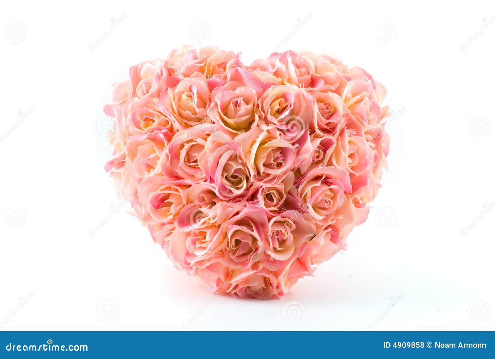 coeur artificiel rose de roses photo stock image du heureux isolement 4909858. Black Bedroom Furniture Sets. Home Design Ideas