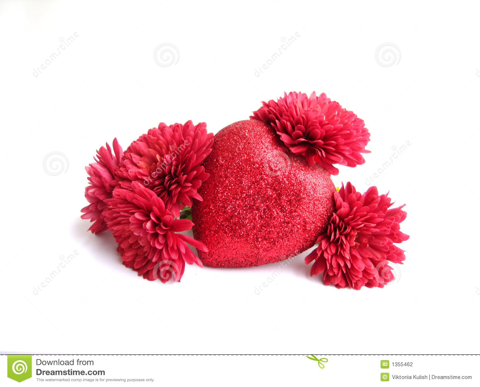 Coeur rouge de texture avec des fleurs au dessus du fond blanc photographie s - Coeur avec des fleurs ...