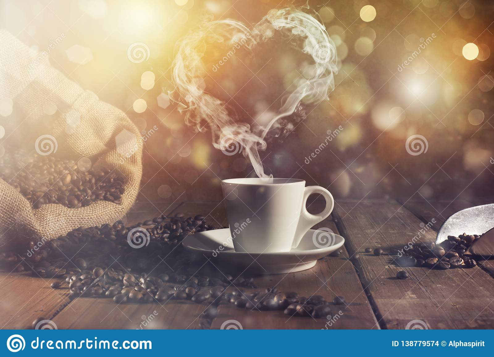 Coffee cup with a smoke shaped as an hearth