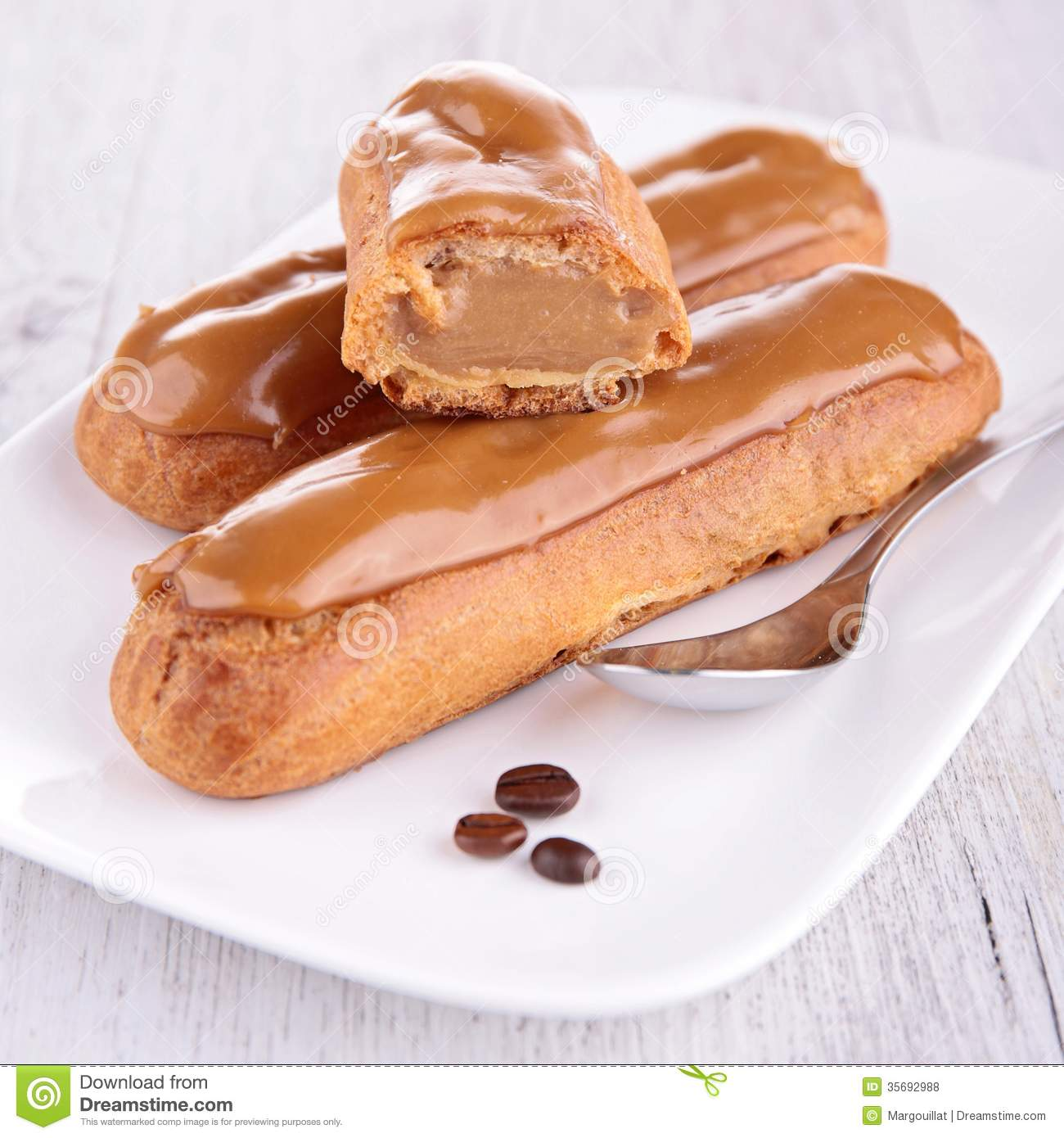 Coffee Eclair Royalty Free Stock Photos - Image: 35692988