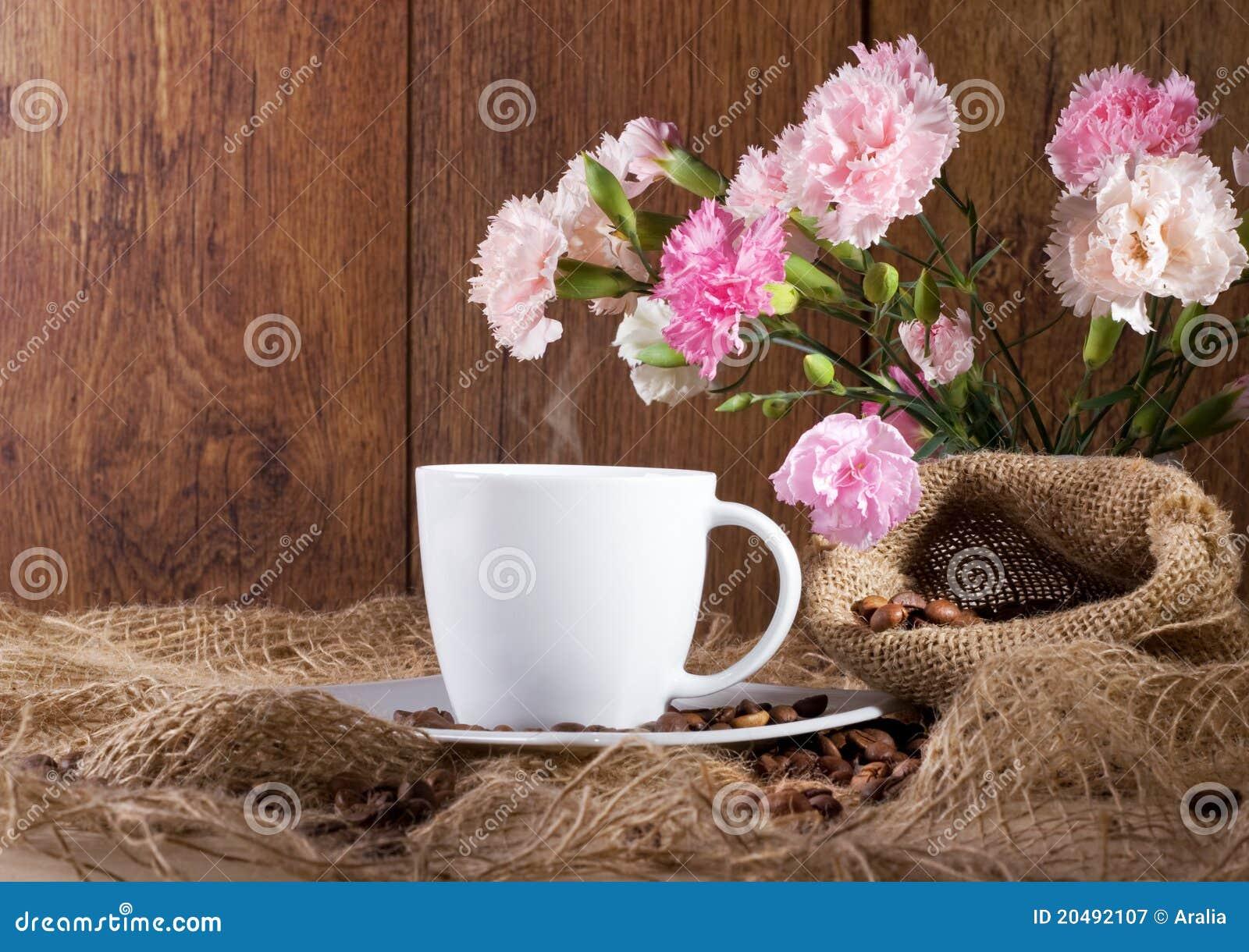 цветы и кофе фото: