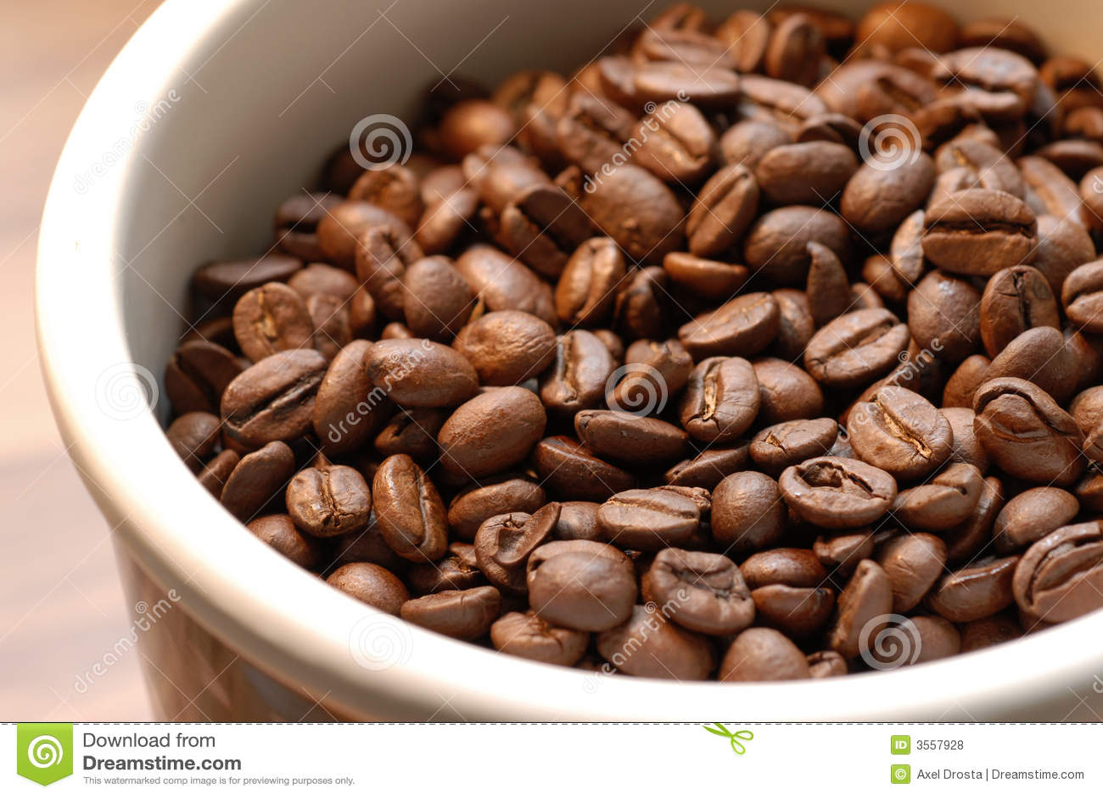Coffeebeans in ciotola