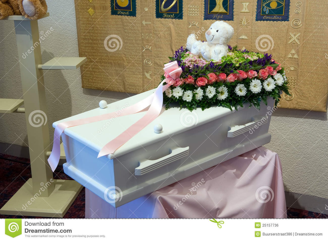 Coffin For A Kid Royalty Free Stock Image Image 25157736