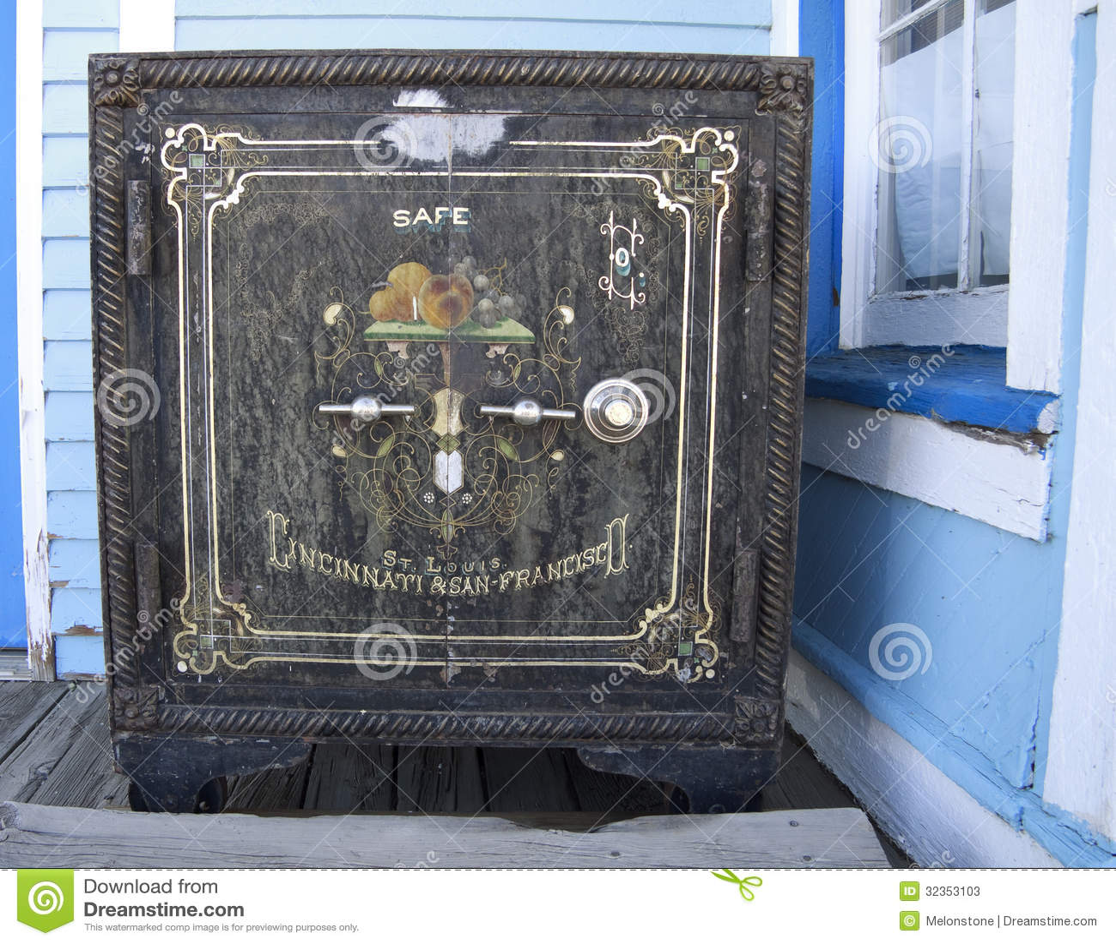 coffre fort am ricain antique photos stock image 32353103. Black Bedroom Furniture Sets. Home Design Ideas