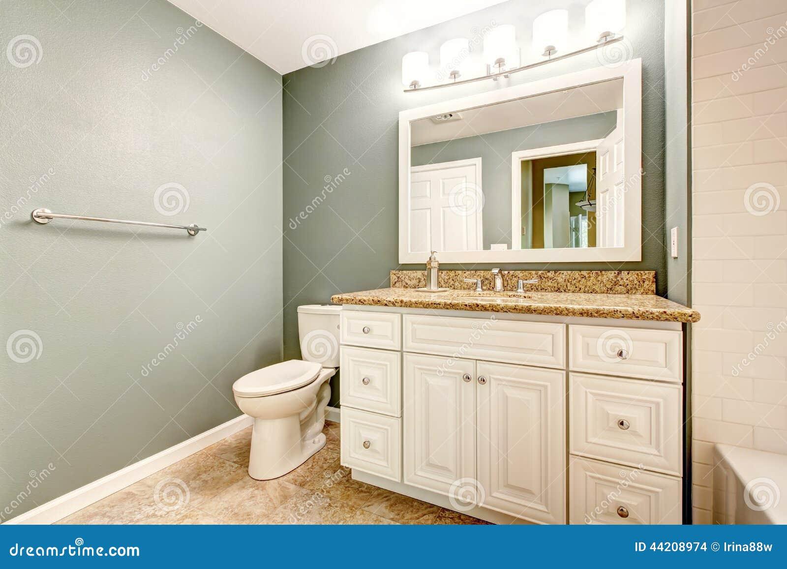 Coffret blanc de vanité de salle de bains avec le dessus de granit ...