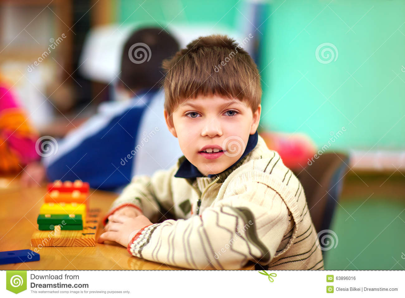 cognitive development of children and a At around age seven, children finally understand that they have to look at multiple aspects of a problem before arriving at an answer at about three years of age, your child's sense of time will become much clearer.