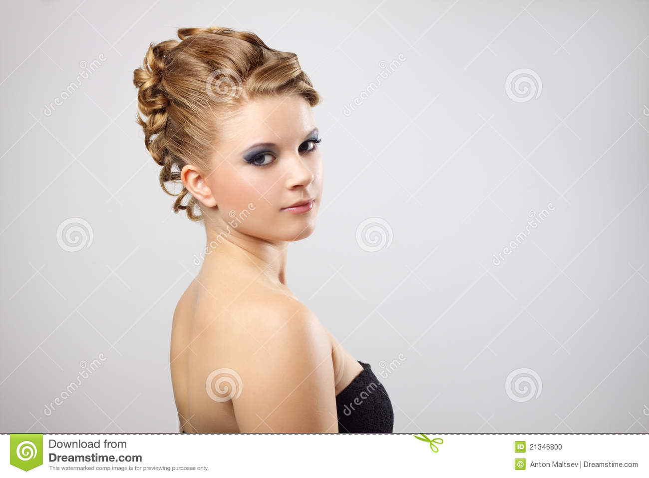 Coiffure Moderne. Photo stock - Image: 21346800