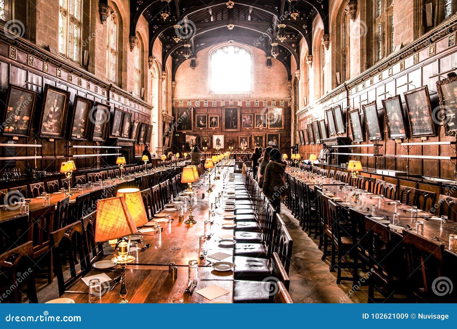 A colagem da igreja de Salão - de Cristo - universidade de Oxford